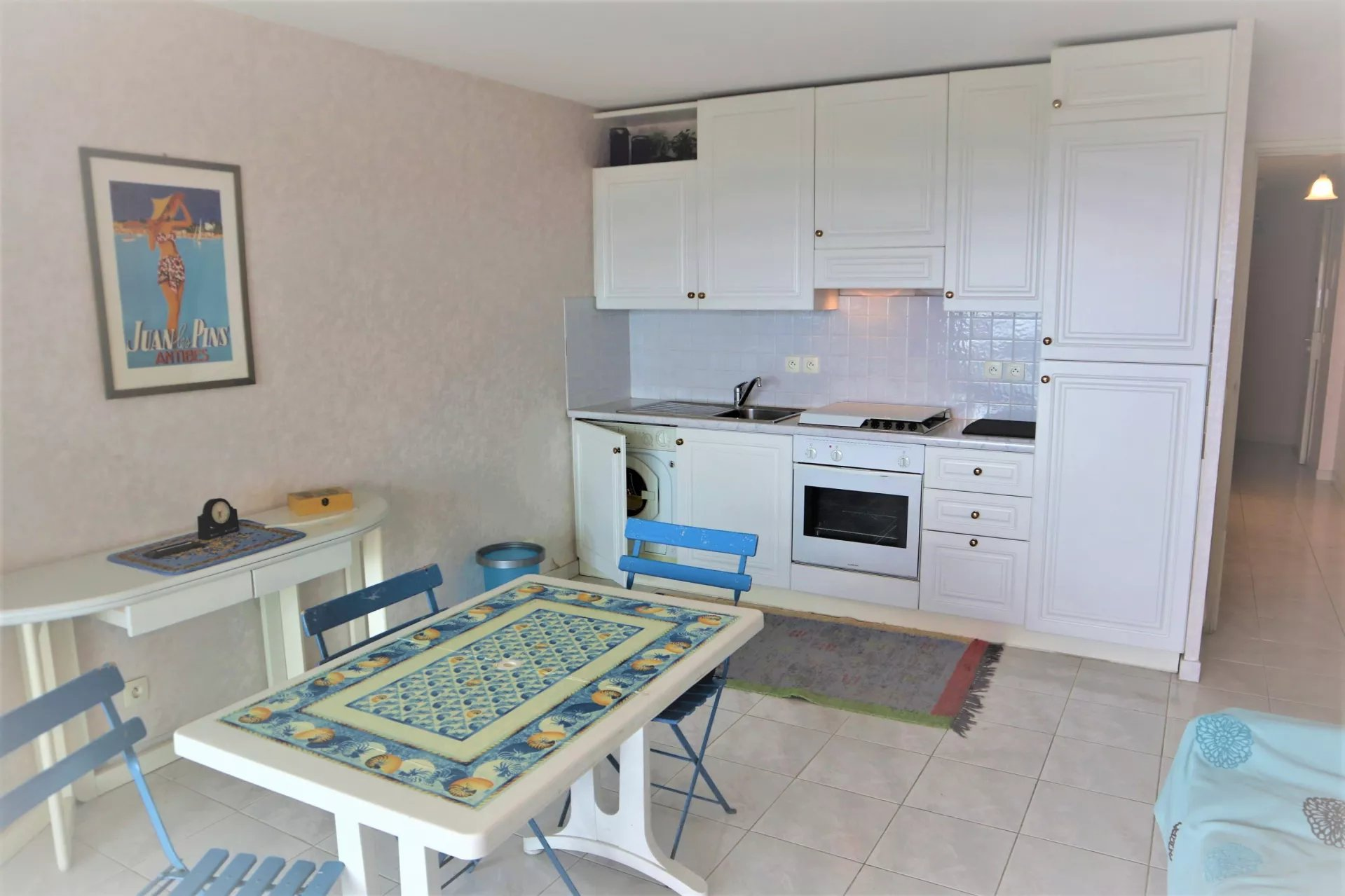 1 BEDROOM APARTMENT WITH SEAVIEW