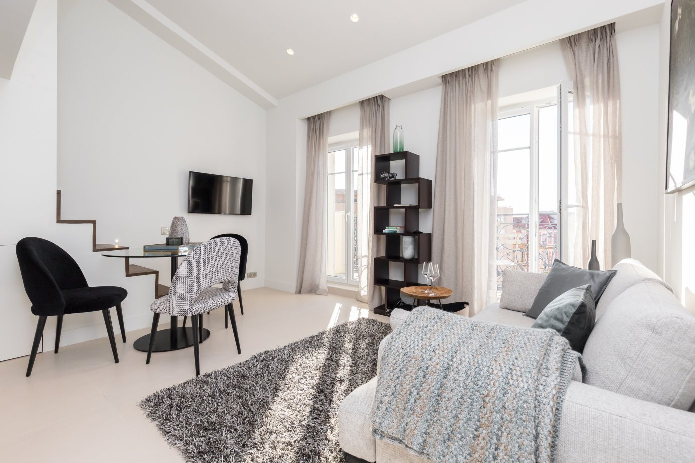 Nice Carré d'Or - 1-bed duplex apartment with balcony