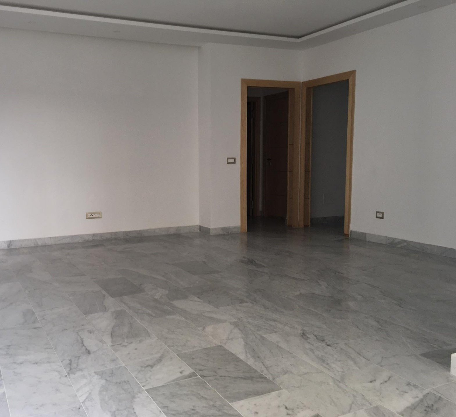 Location Appartement S+2  La Marsa