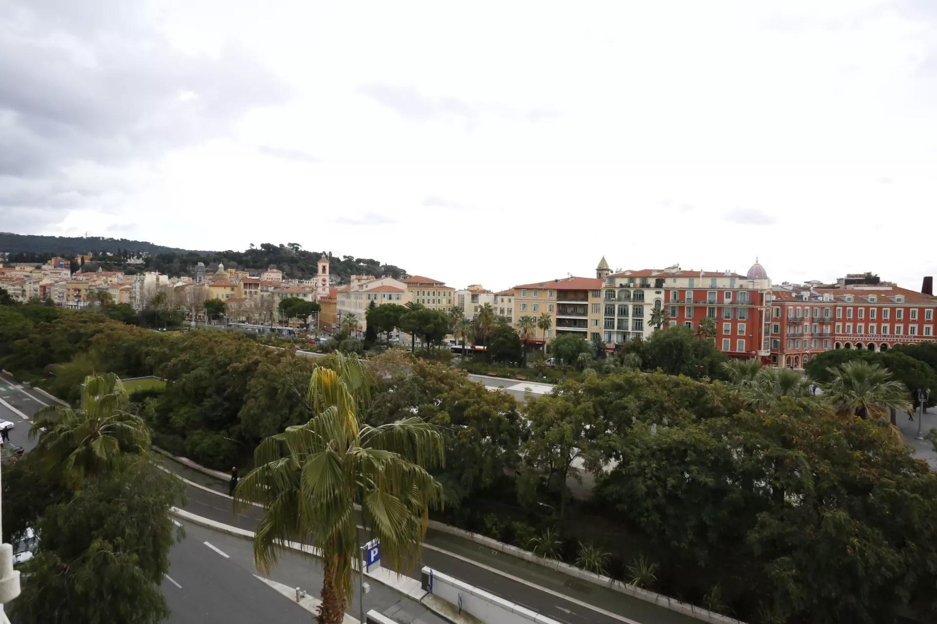 PLACE MASSENA - DUPLEX 4 Pièces