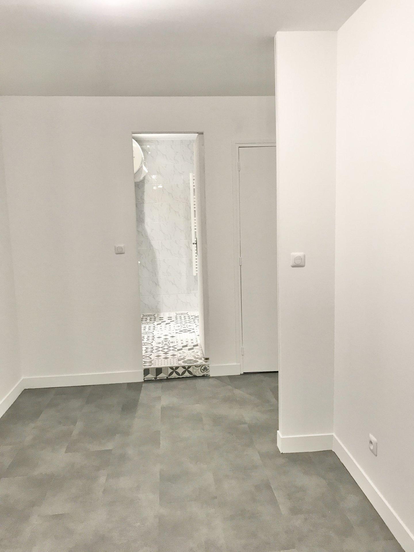 Rental Apartment - Paris 18th (Paris 18ème) Chapelle