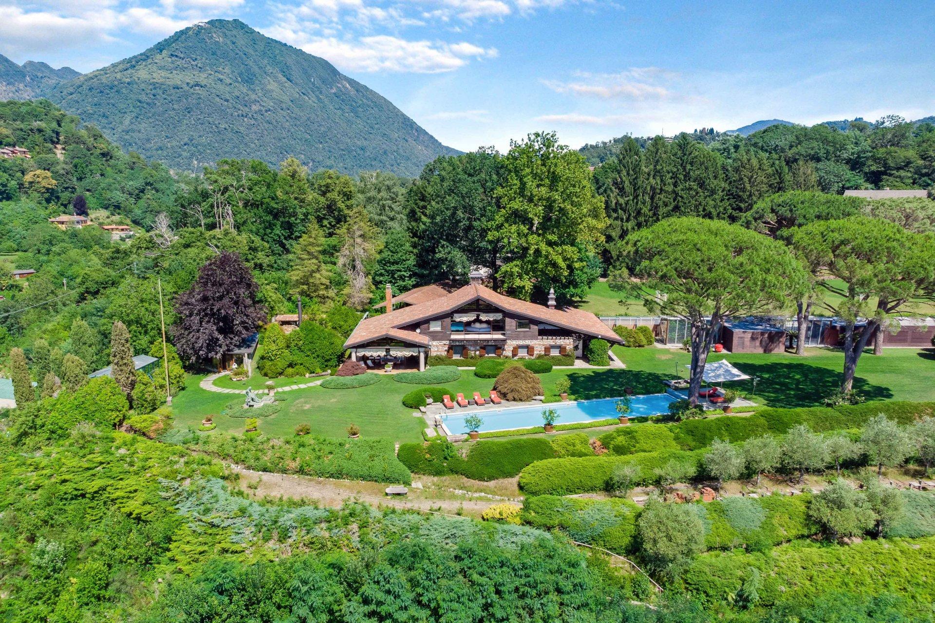 Splendida Villa Con Piscina E Parco Vista Lago Maggiore