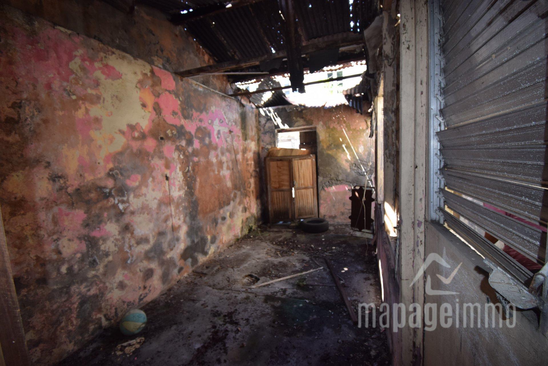 Vends Bien à reconstruire, Saint-Pierre 97250