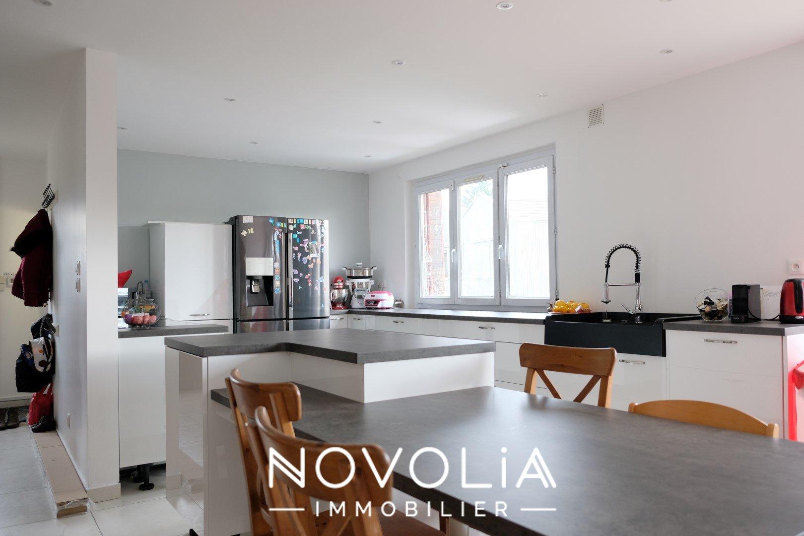 Achat Maison Surface de 246 m², 6 pièces, Rillieux-la-Pape (69140)
