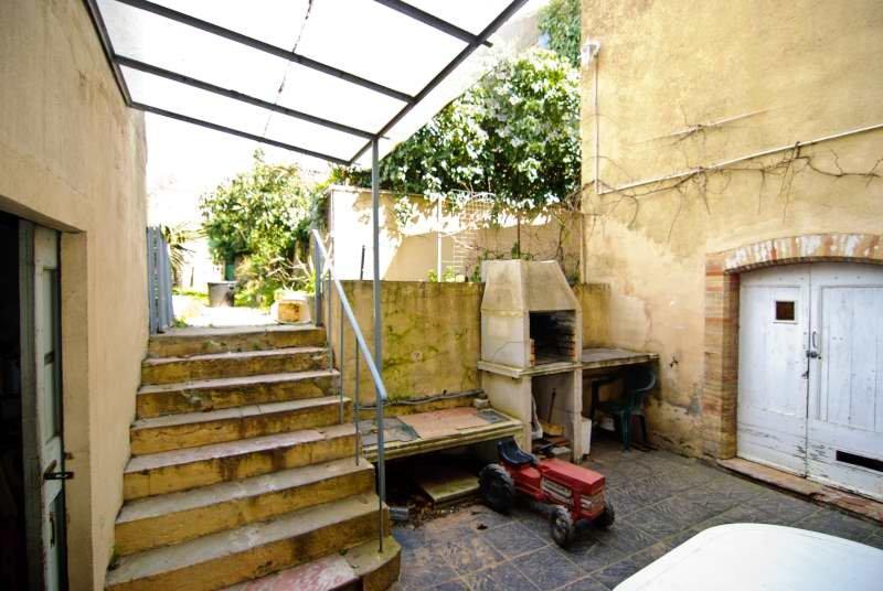 Very large Maison de Mâitre just outside Carcassonne – 8 bedrooms