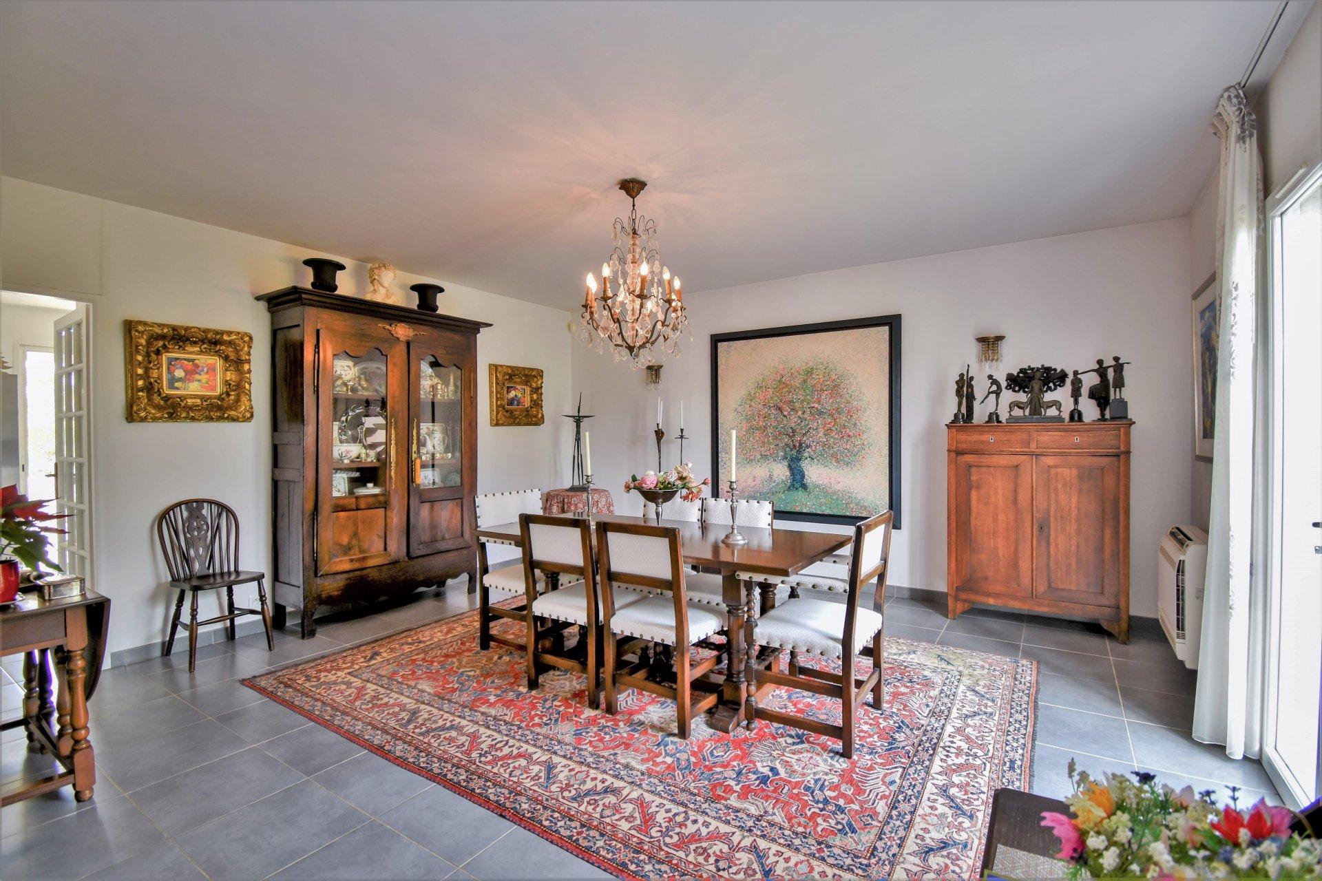 Statige klassieke villa in Saint Aygulf