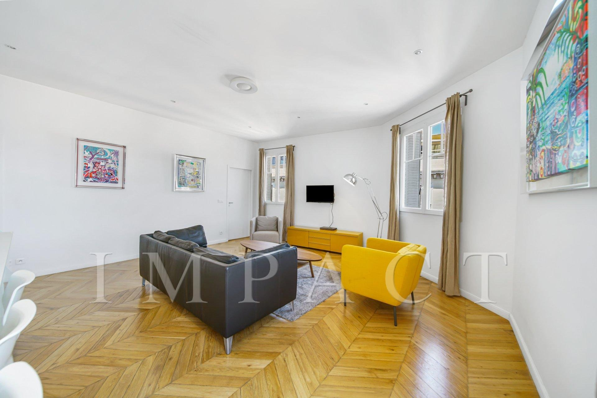 Renovated apartment to rent, center of Cannes