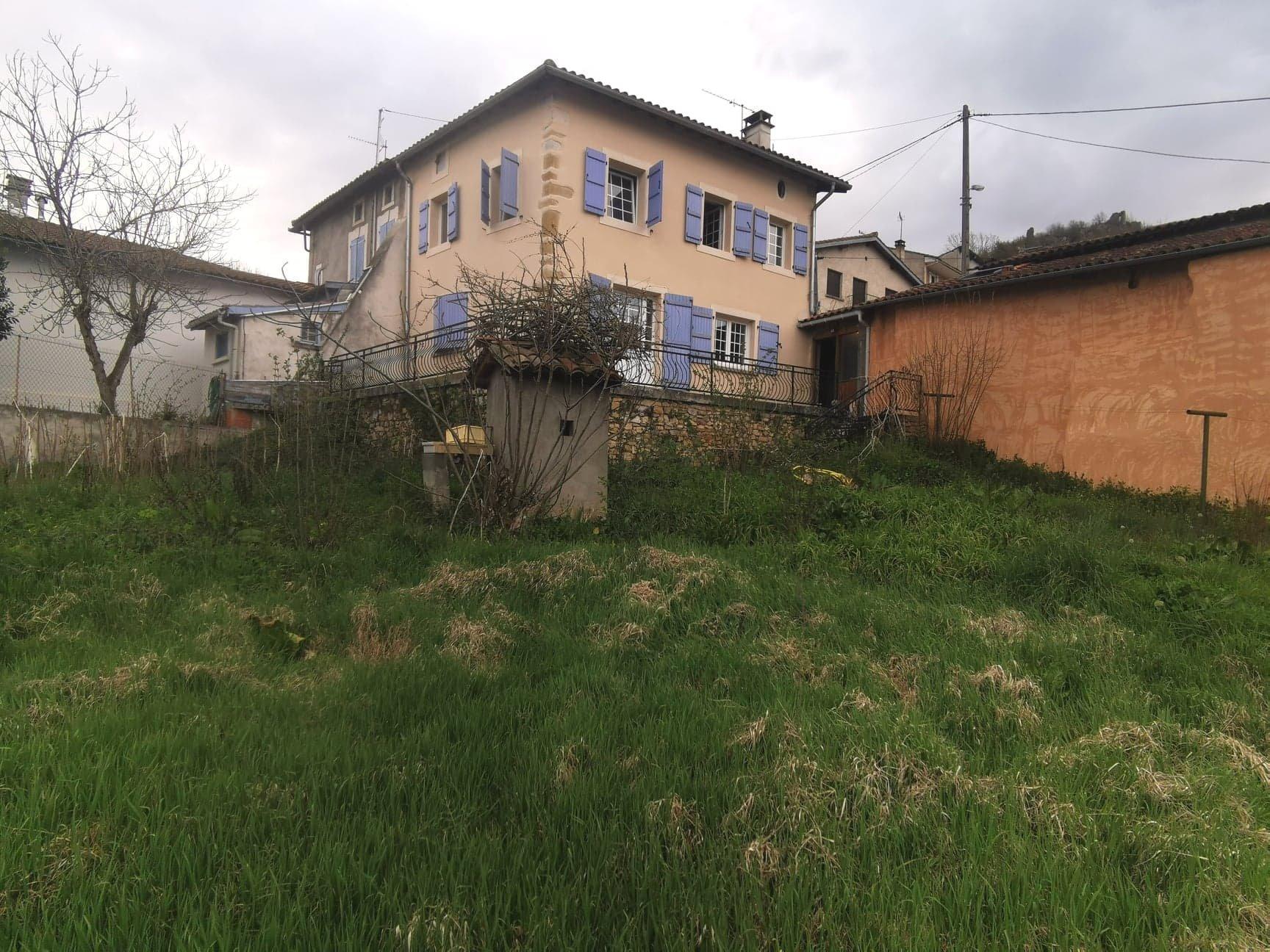 Maison T4 de 164 m² avec terrain et vue dégagée sur les Pyrénées