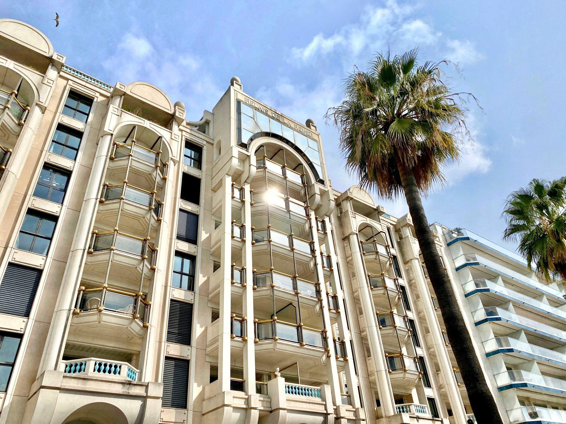 A vendre - Triplex de plus de 320m² - Cannes La Croisette