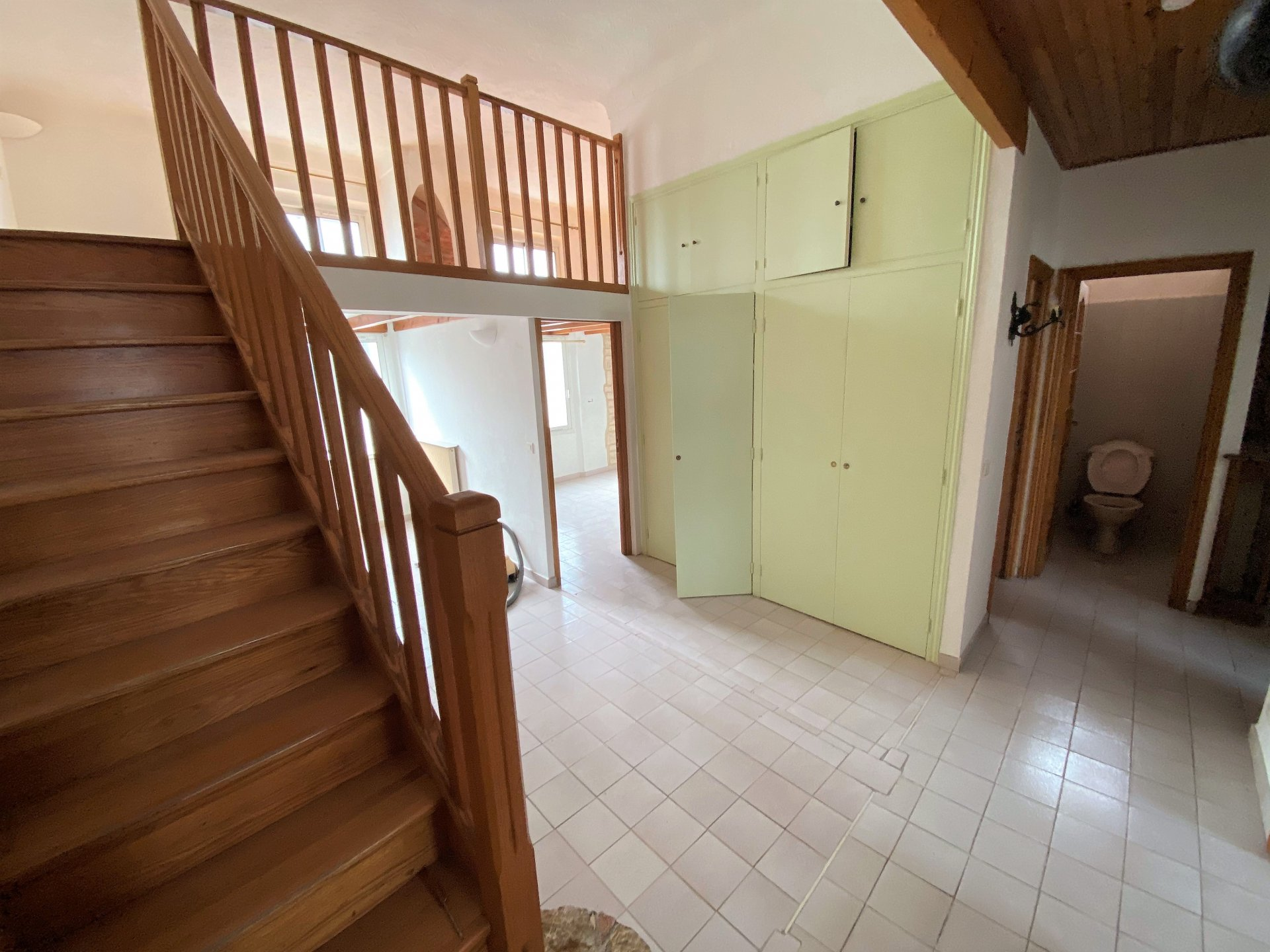 CANNES FOR SALE 3 ROOMS CLOSE TO ALL AMENITIES