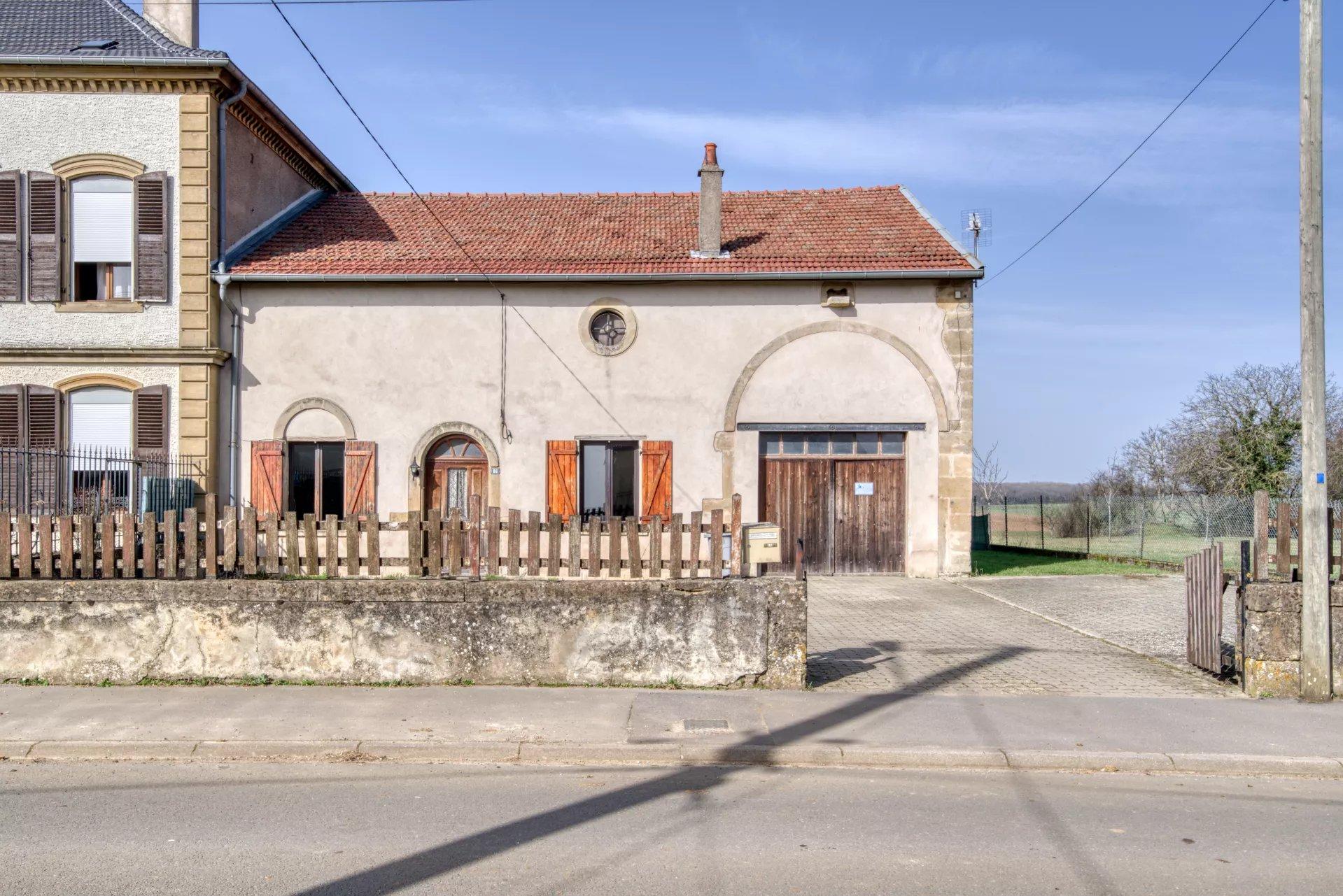 Maison de village avec tb terrain