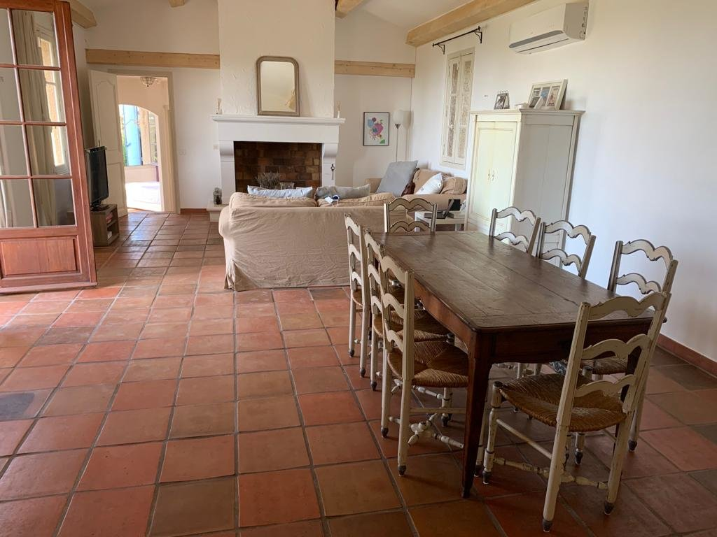 Pays de Fayence: nice villa with stunning views to the Esterel