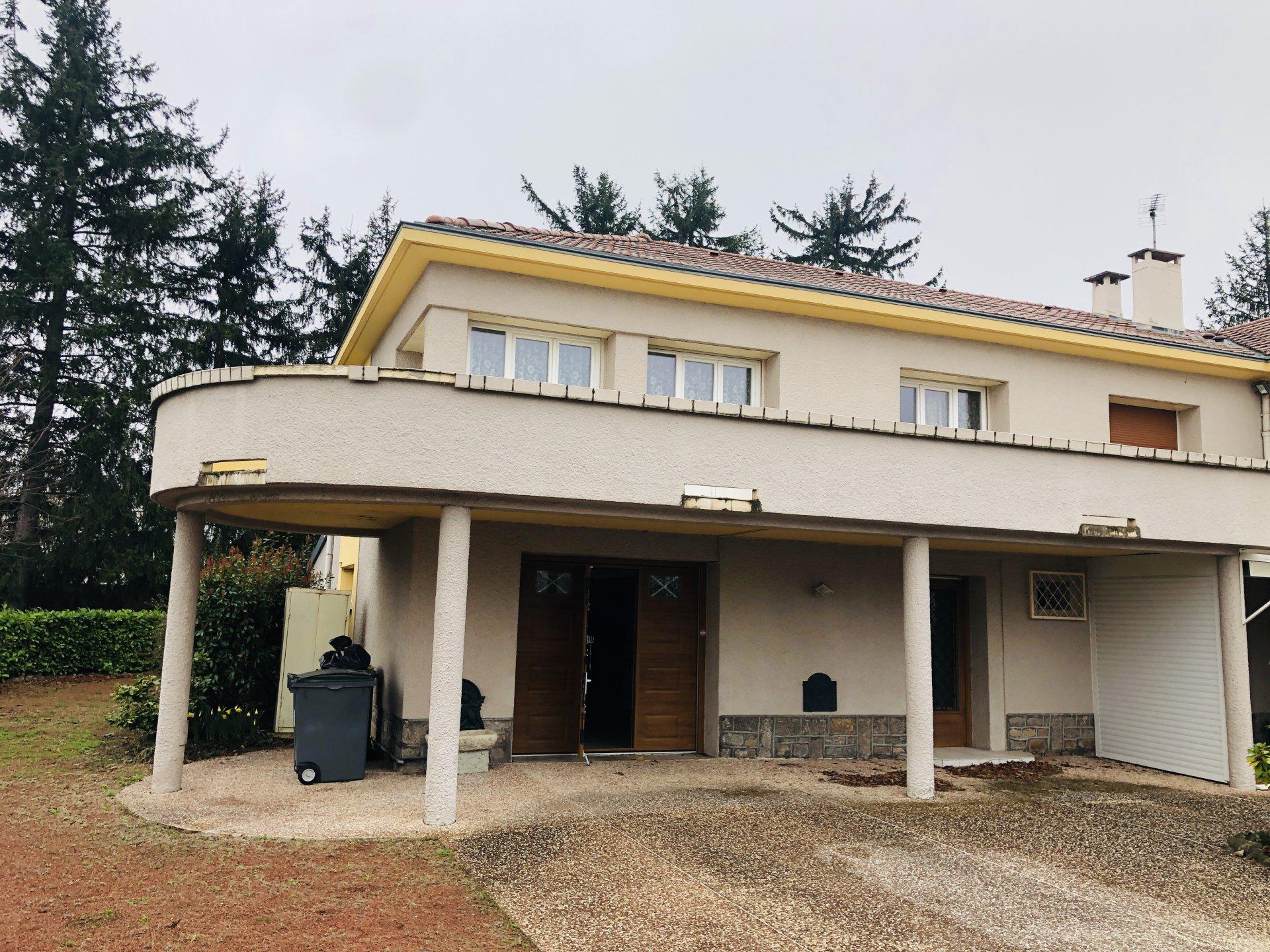 Maison Mitoyenne SAINT ETIENNE Sud 180m2