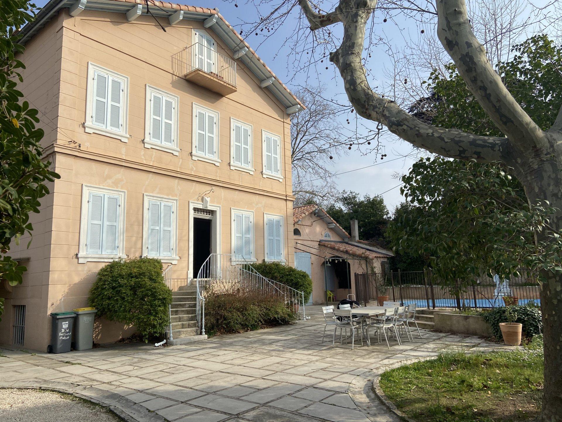 Maison piscine 13012 Marseille