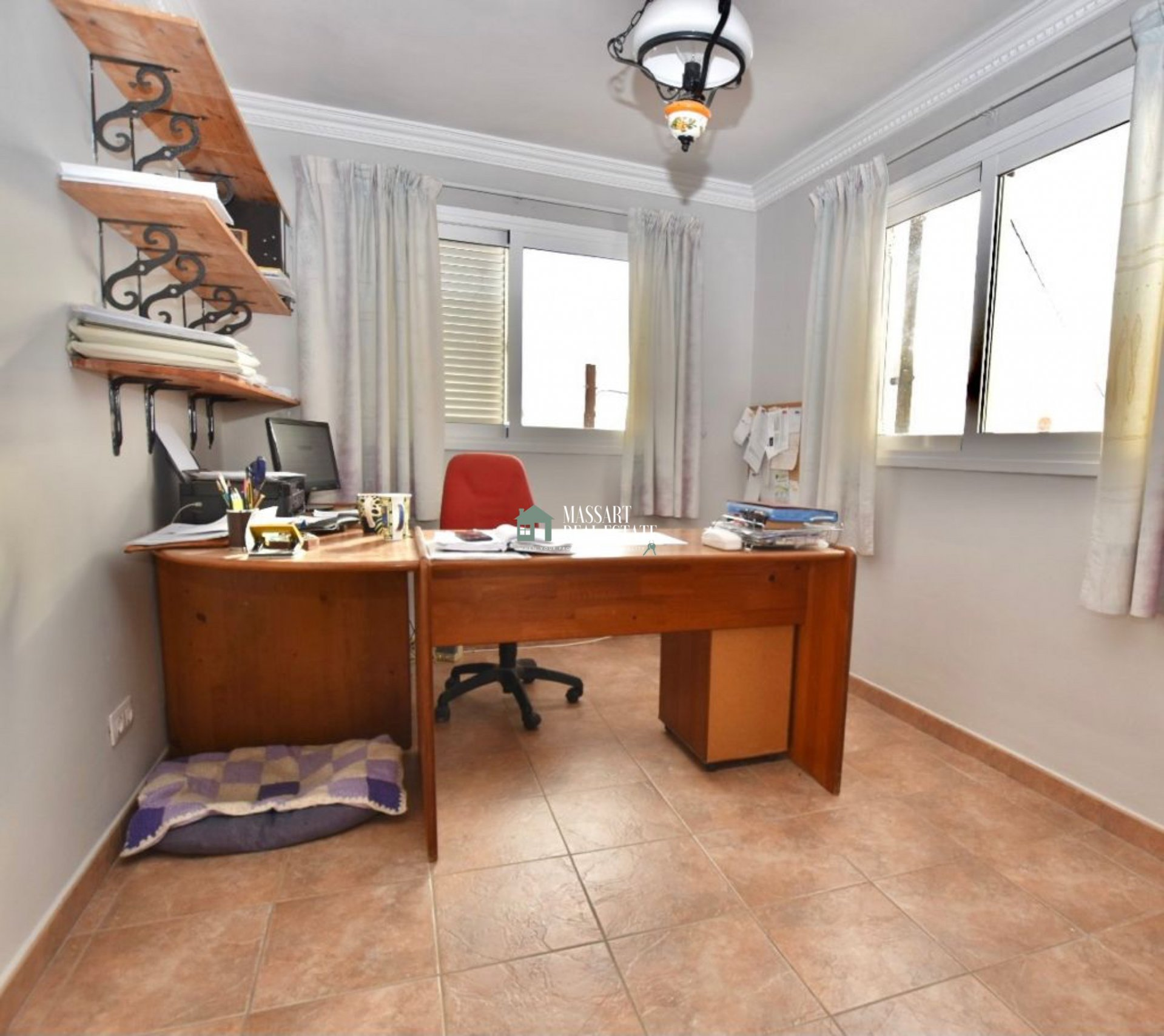 Casa indipendente di 304 m2 a Las Moraditas (Adeje), caratterizzata dall'offerta di viste impressionanti e panoramiche sul mare.