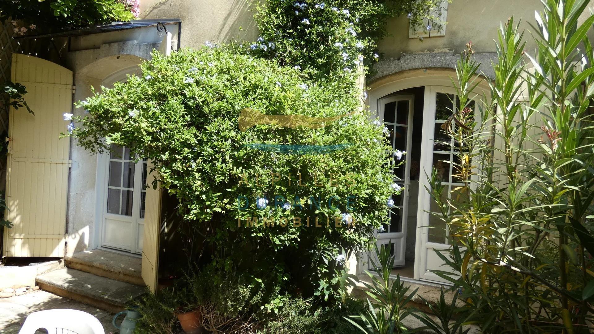 Sale Village house - Eyragues