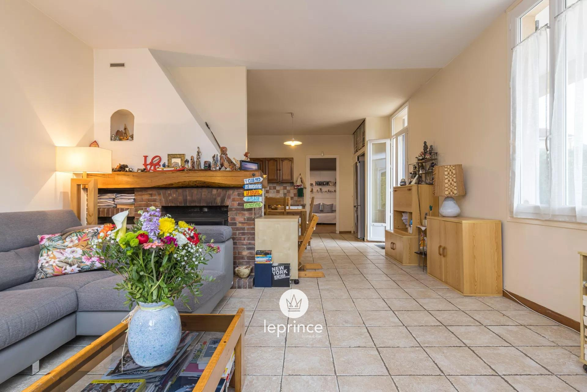 Mougins - One Level Villa with Swimming Pool