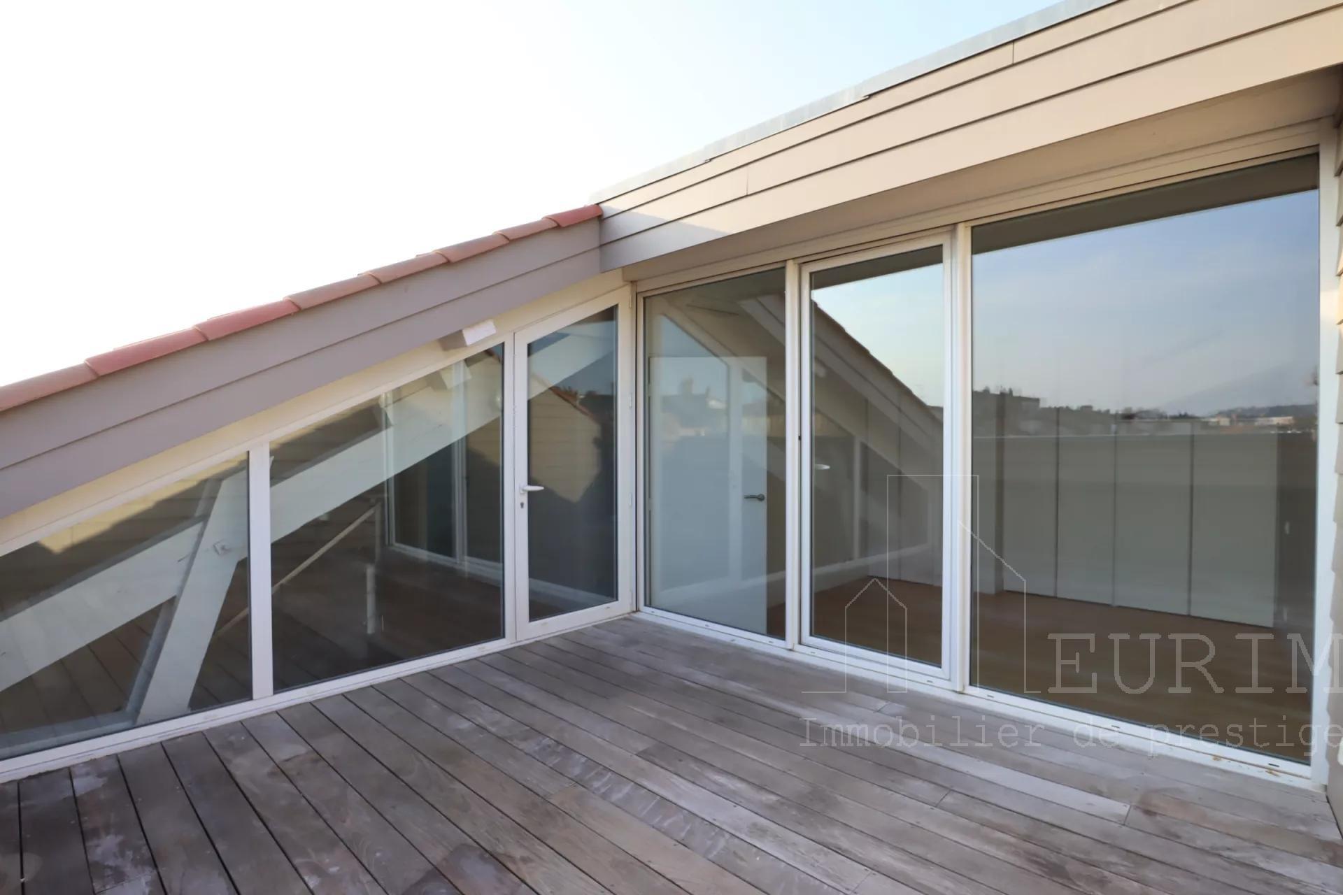 Carmes Dalbade - T5 en duplex avec Terrasse