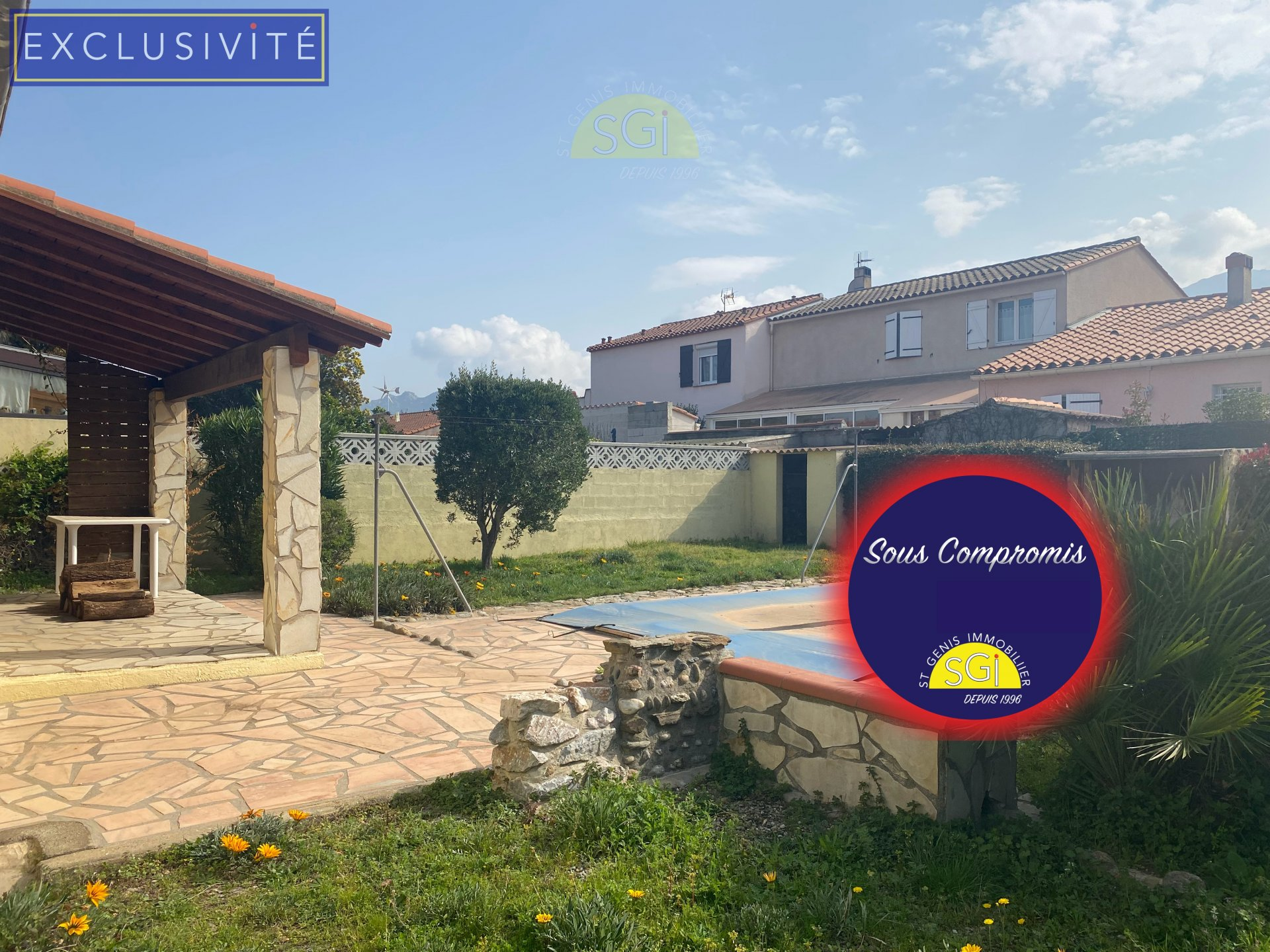 Villa 3 faces avec piscine