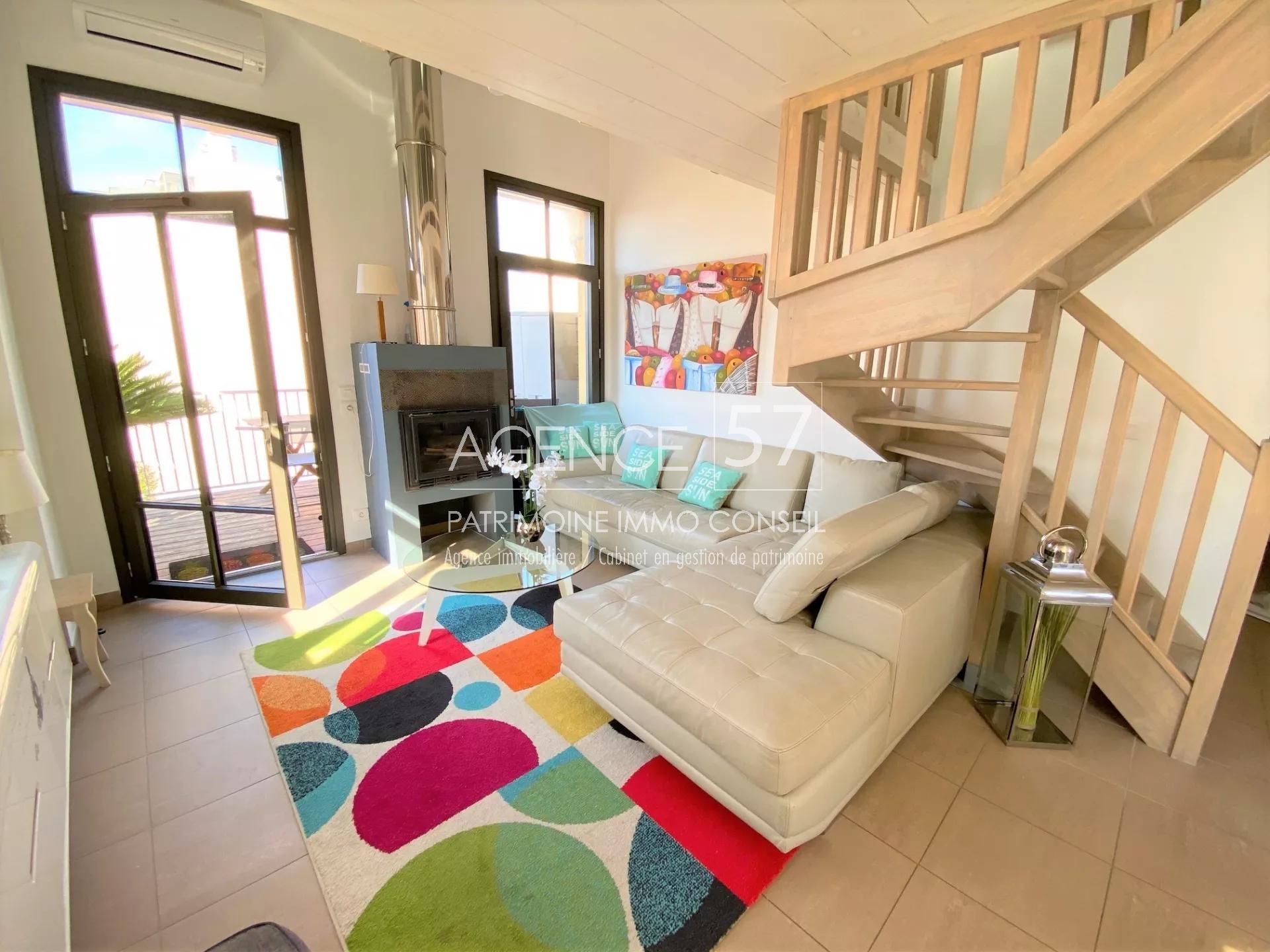 JUAN LES PINS - appartement duplex 3P - proche plages