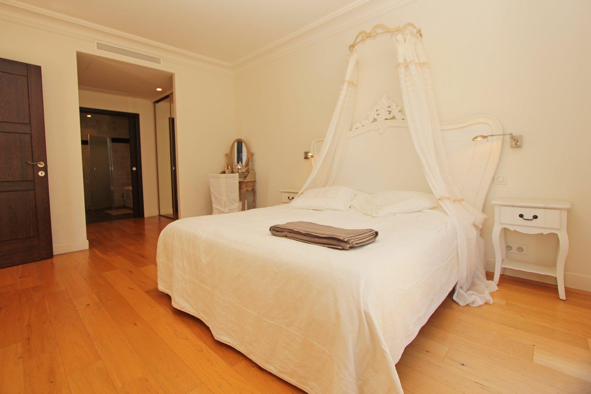 Villa till salu med havsutsikt - Franska Rivieran