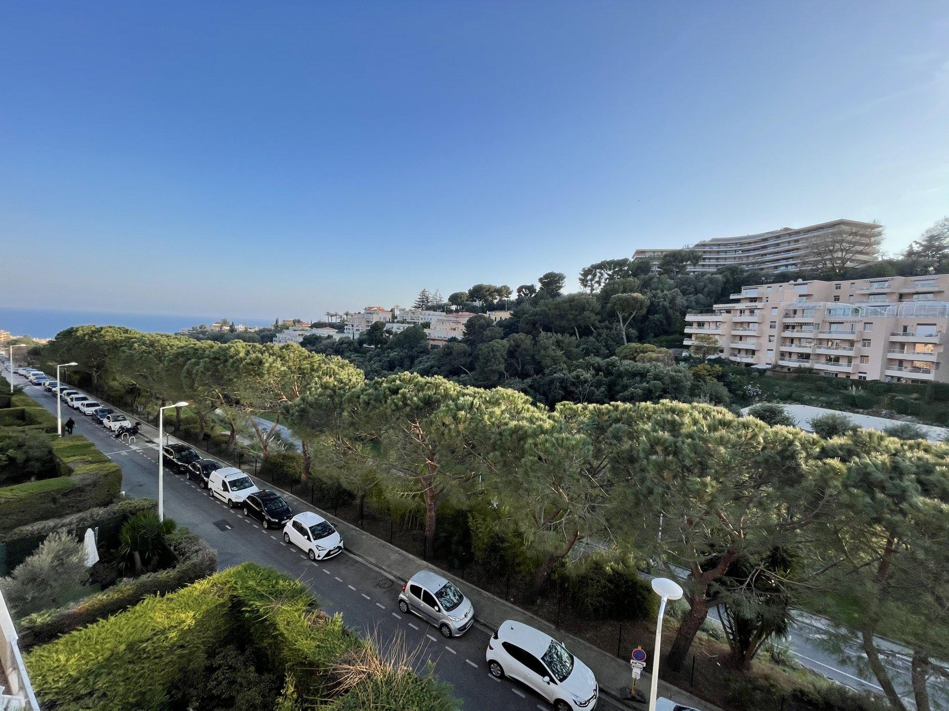 3 Pièces, dernier étage vue mer - Nice-Ouest