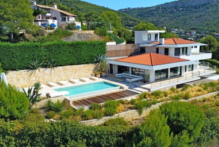 Villa 5 ROOMS EZE