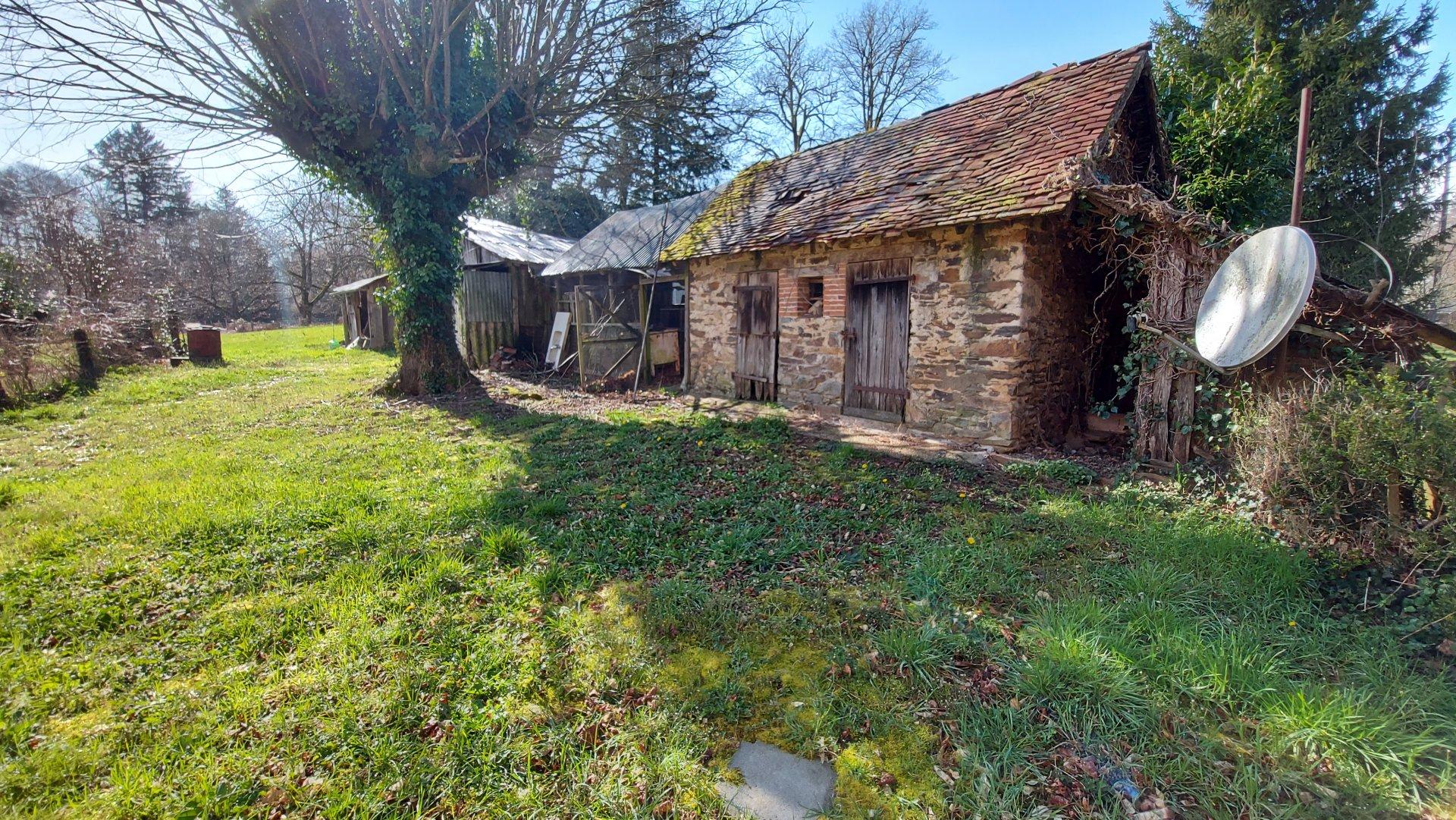 Sale Village house - Benayes
