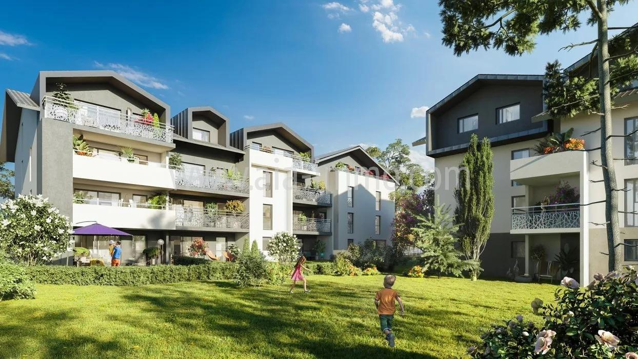 Dernier étage T4 proche commodités et axe Genève.