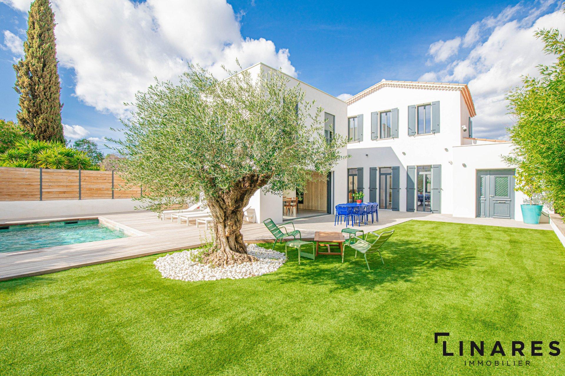 L'INCROYABLE - Villa T4 de 165m2 - Terrain de 710m2