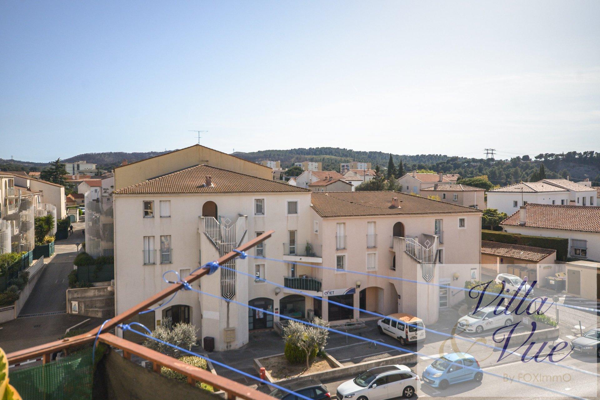 Martigues, 3 pièces , balcon, parking, calme, proche centre