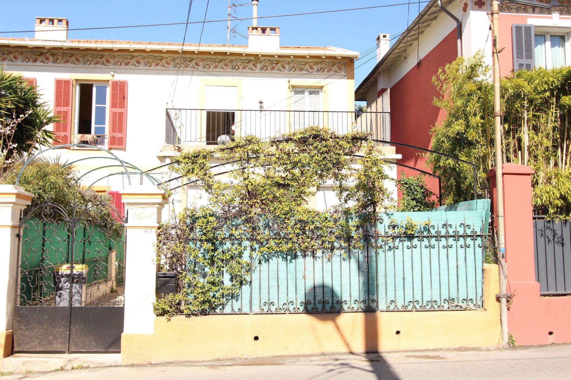 3/4 pièces Pessicart Terrasse / jardin