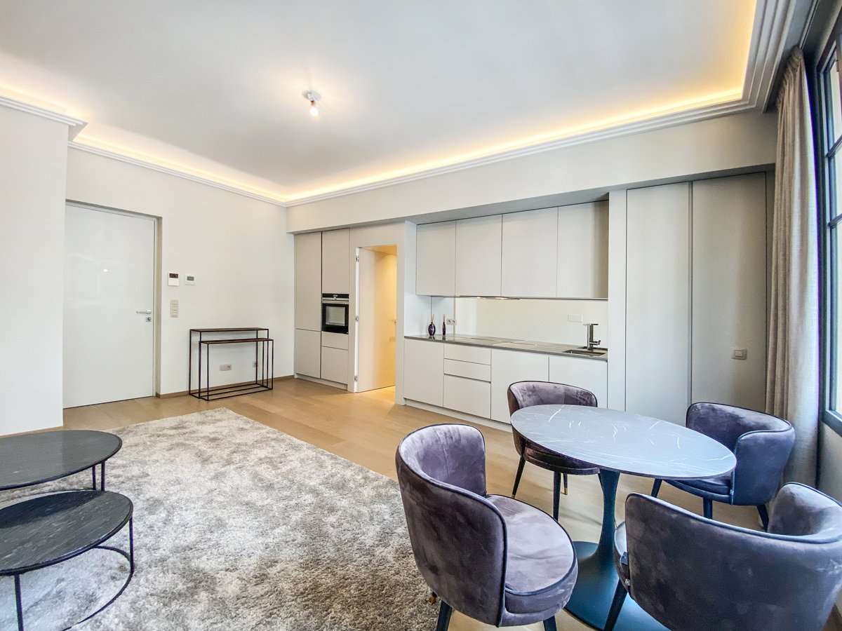 Great Britain - Renovated Two bedroom