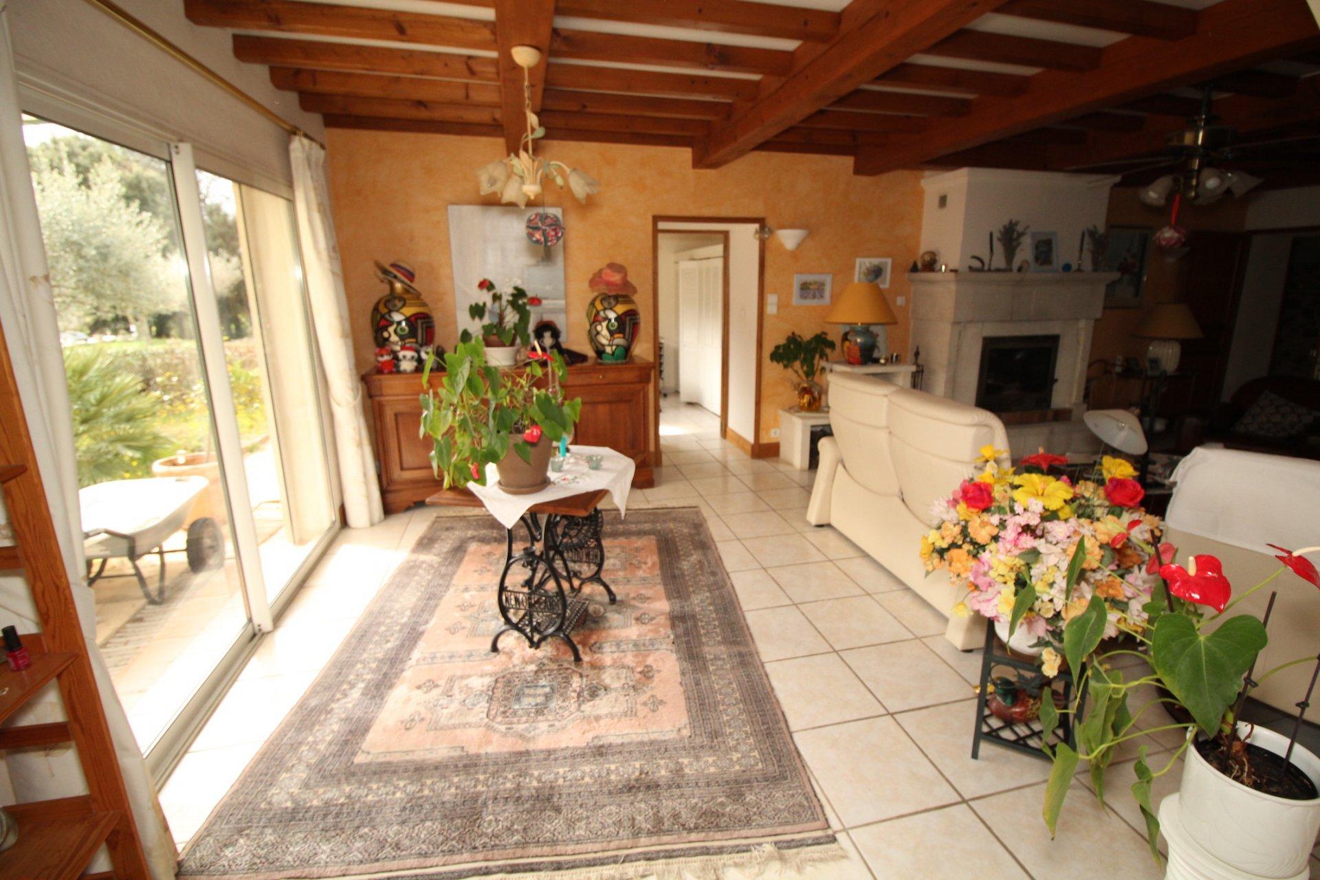 Sale Villa - Flassans-sur-Issole