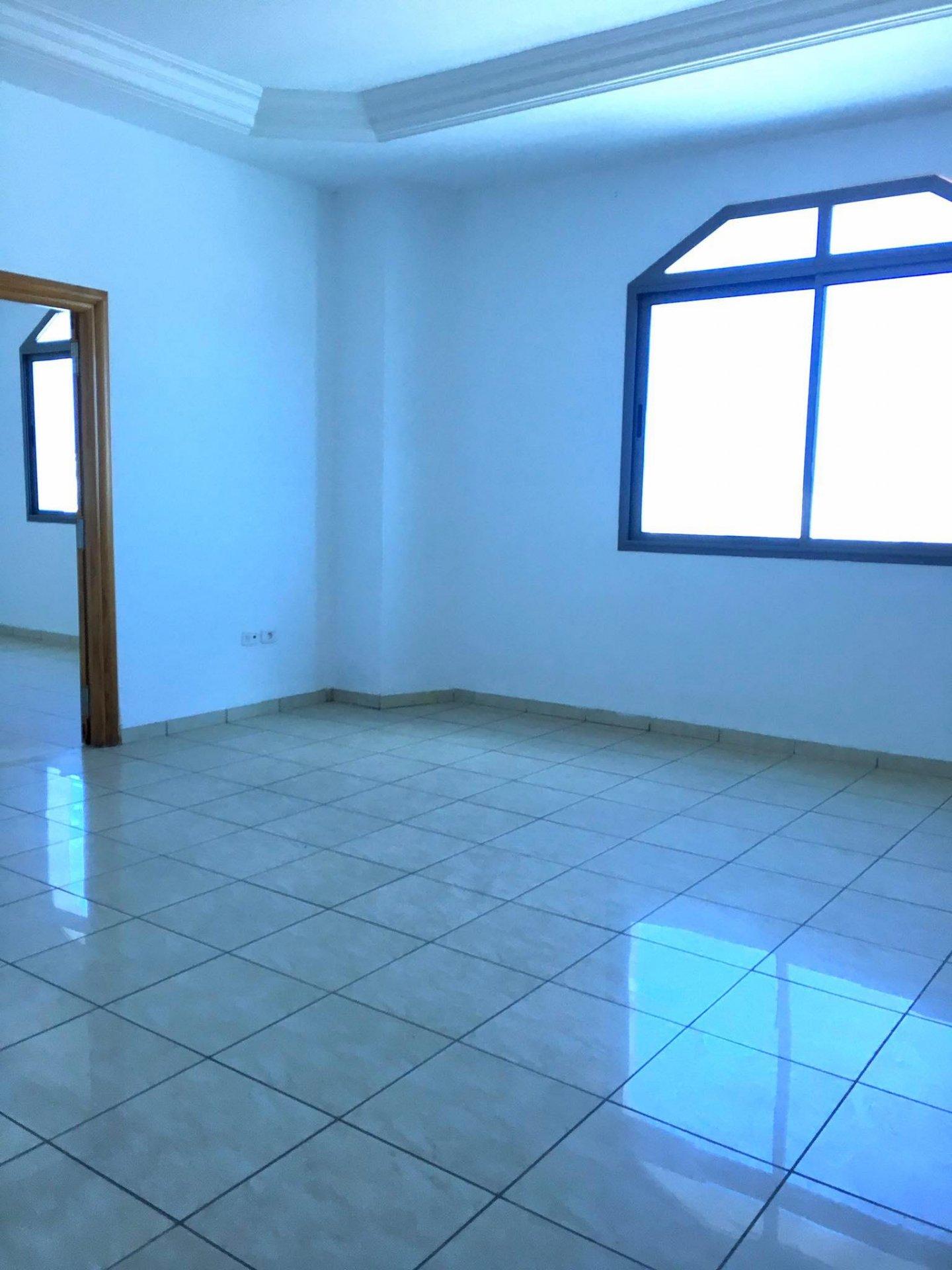 Location Bureau de 4 pièces 100 m² à La Marsa