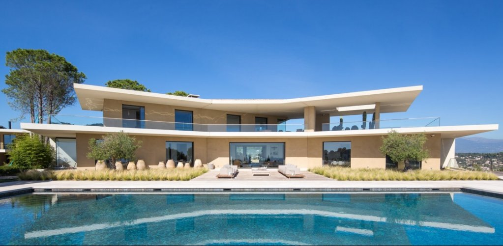 BRAND NEW CONTEMPORARY VILLA WITH SEA VIEW
