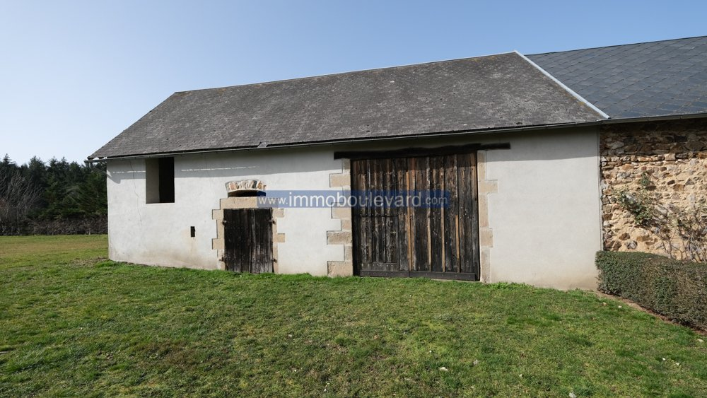 Scheune zum verkauf in Roussillon en Morvan Burgund