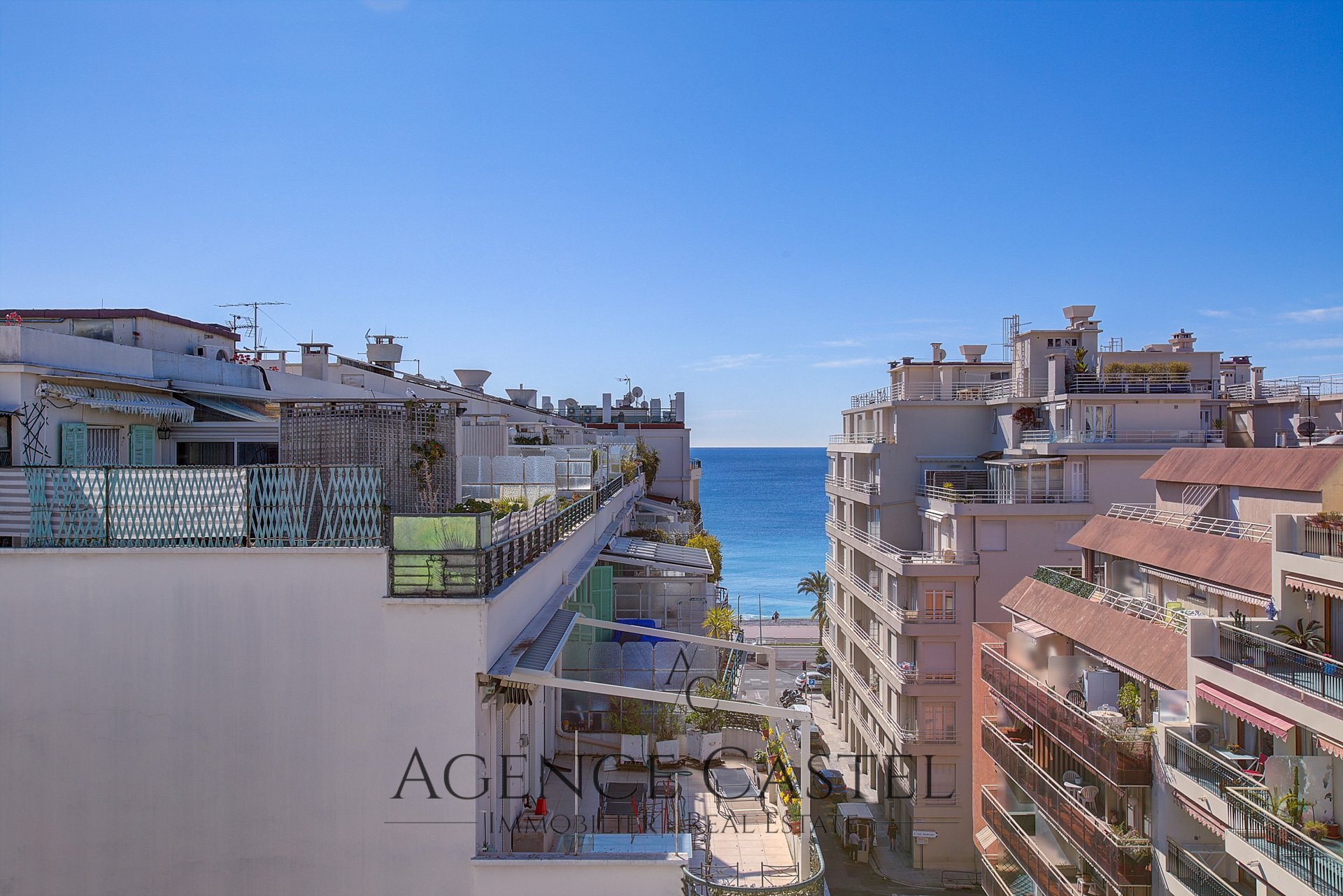 NICE CARRÉ D'OR - ONE BEDROOM PENTHOUSE WITH SEA VIEW TERRACE