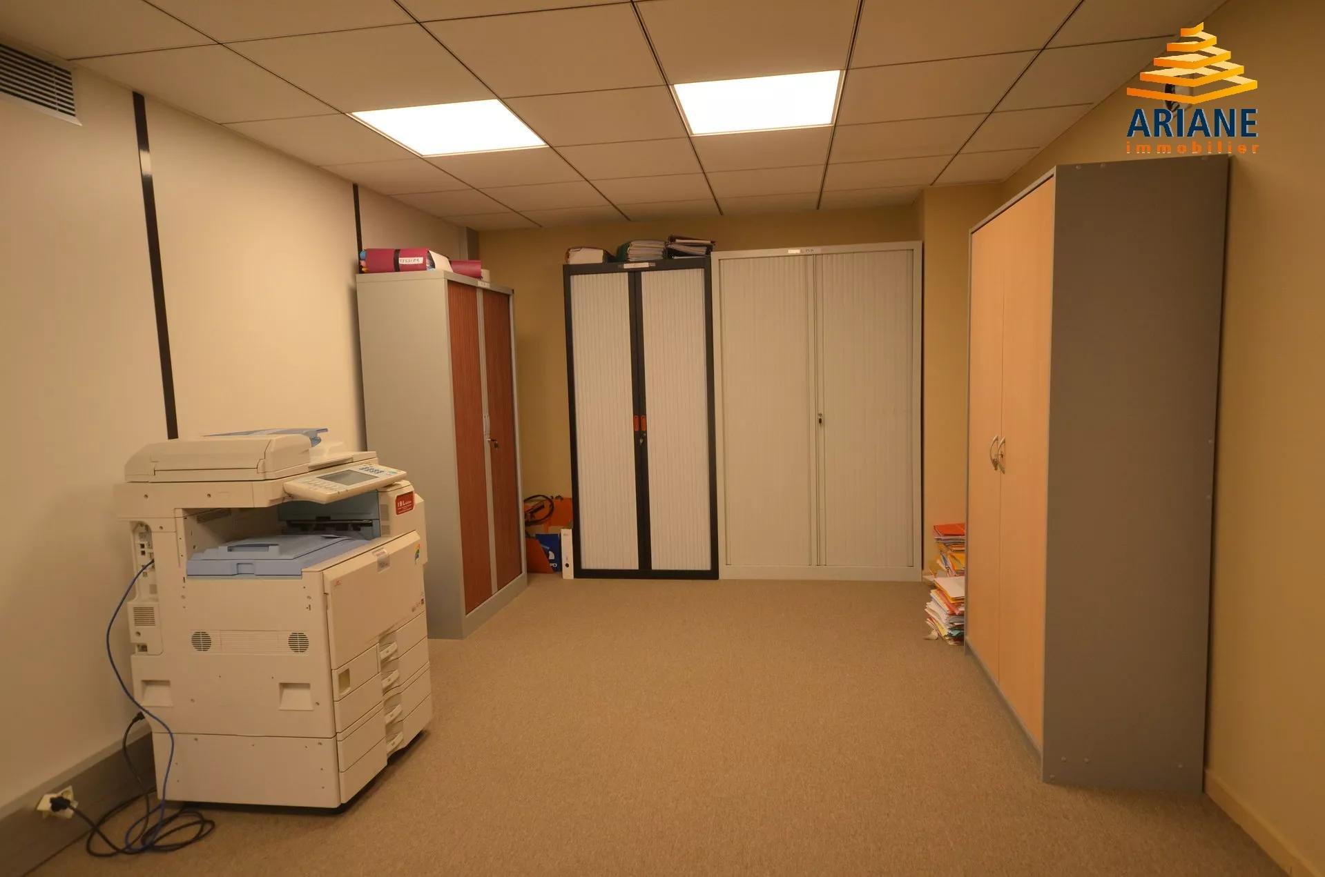 Bureaux à louer Proche Lyon 6 de 264 m2