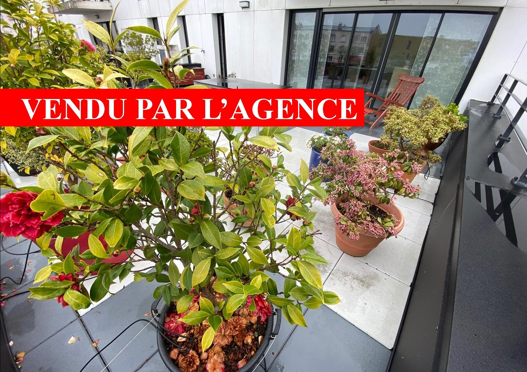 RESIDENCE STANDING 2010 TERRASSE 54 M2 ASCENSEUR 2 PARKINGS PRIVES 3 CHAMBRES