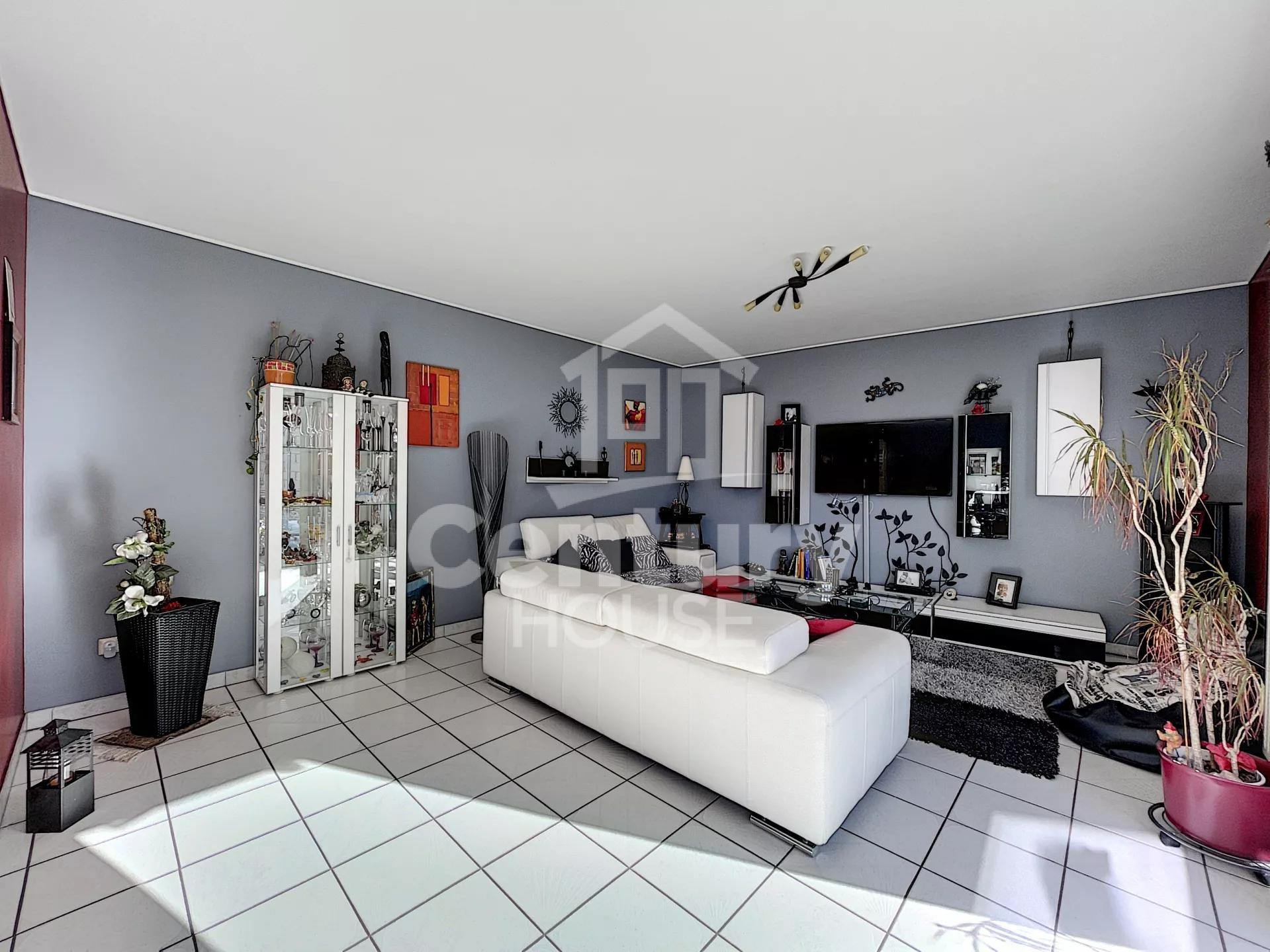 Appartement de 3 Chambres à Consdorf