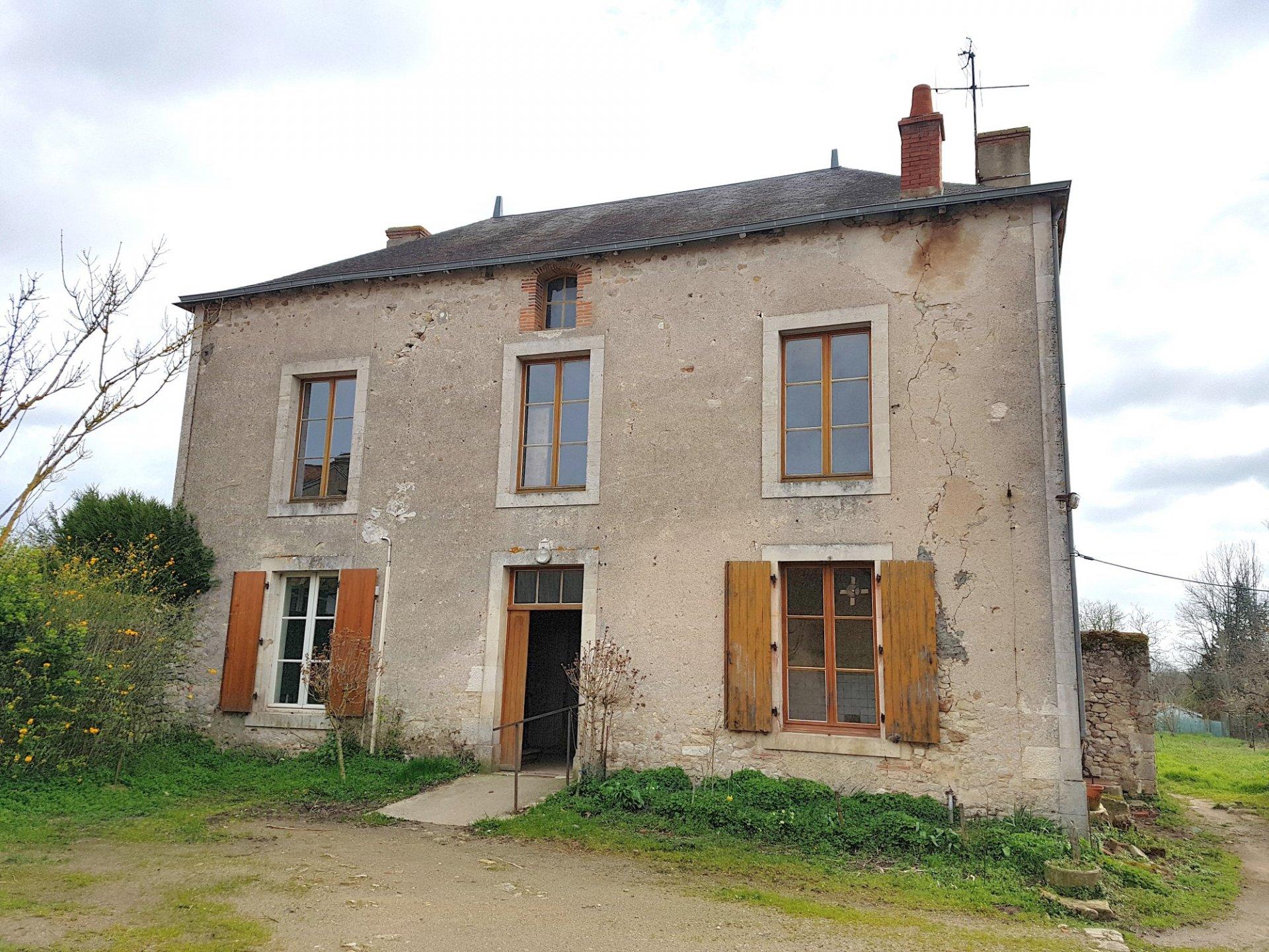 Dorfhaus mit Garten in der Nähe von Montmorillon, Vienne 86
