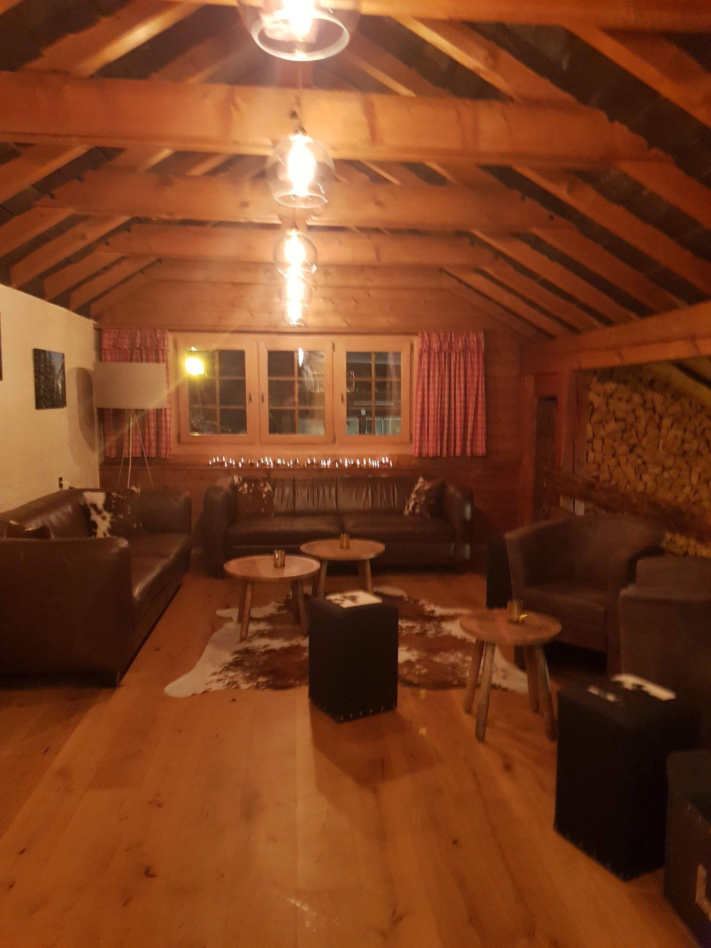 A vendre -  Magnifique hôtel atypique / 5 chambres + restaurant.