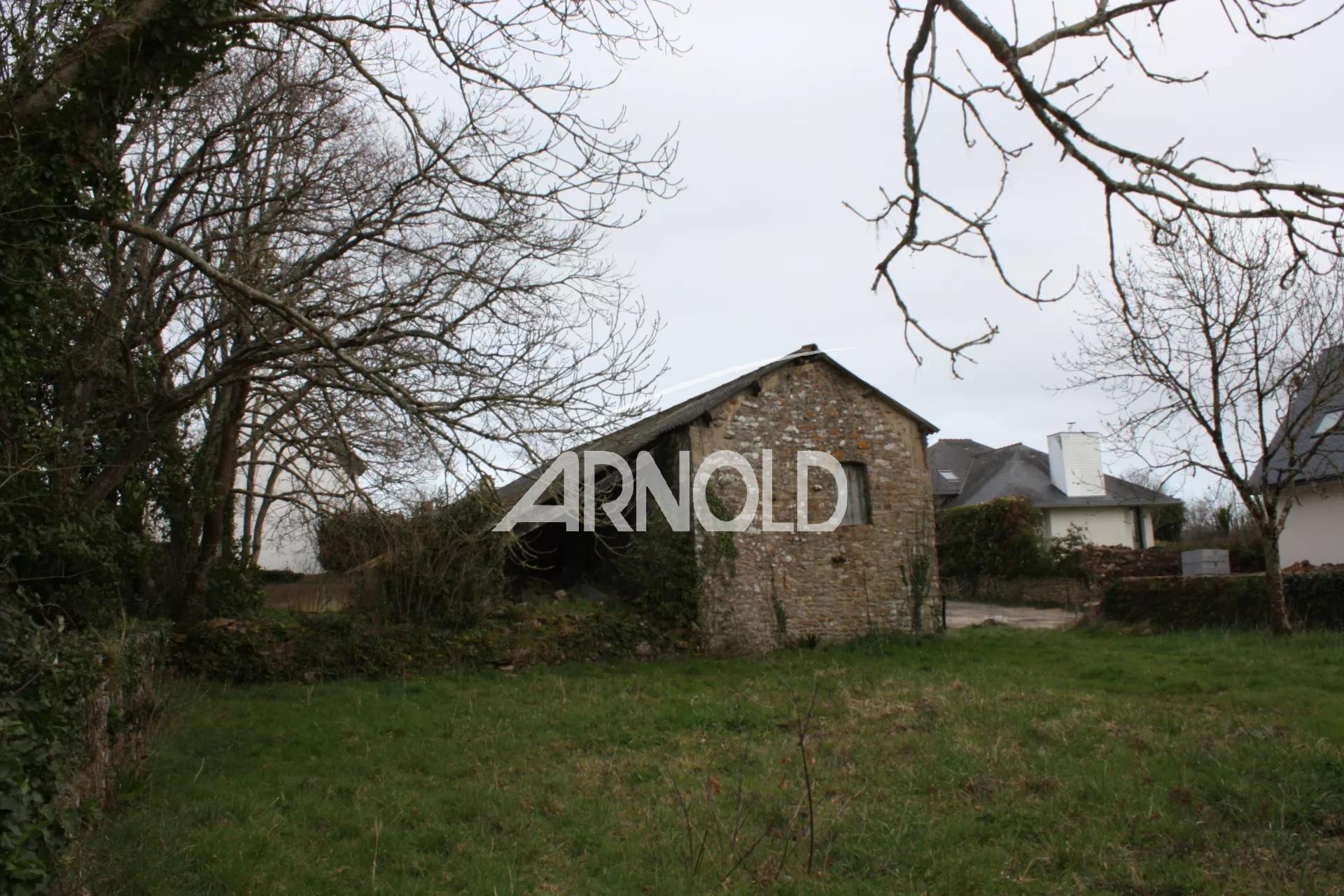 GRAND TERRAIN CONSTRUCTIBLE LE GOLFE A PIED
