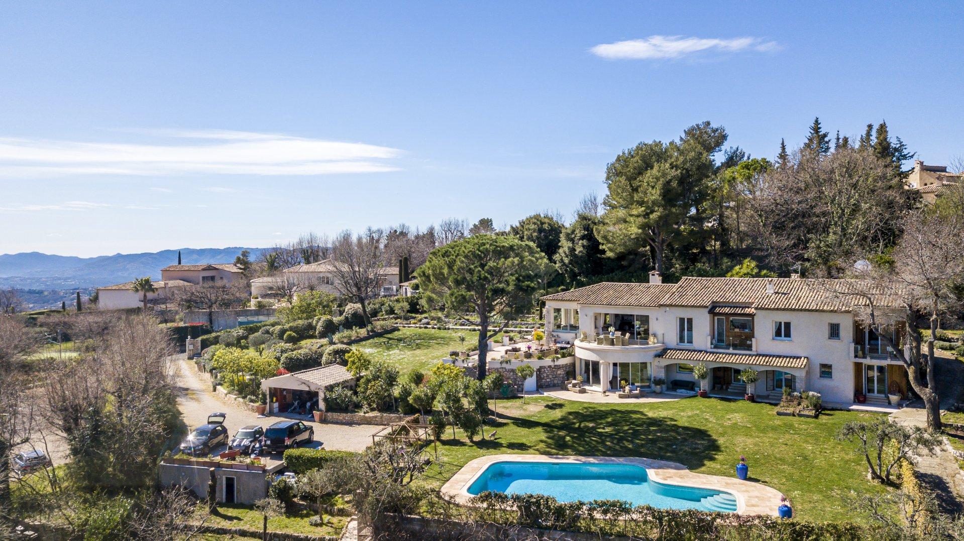 Verkauf Villa - Châteauneuf-Grasse - Frankreich