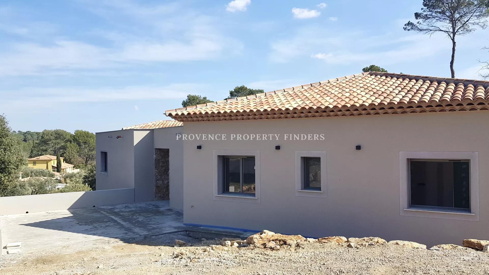 Lorgues te koop dit moderne huis om zelf af te bouwen