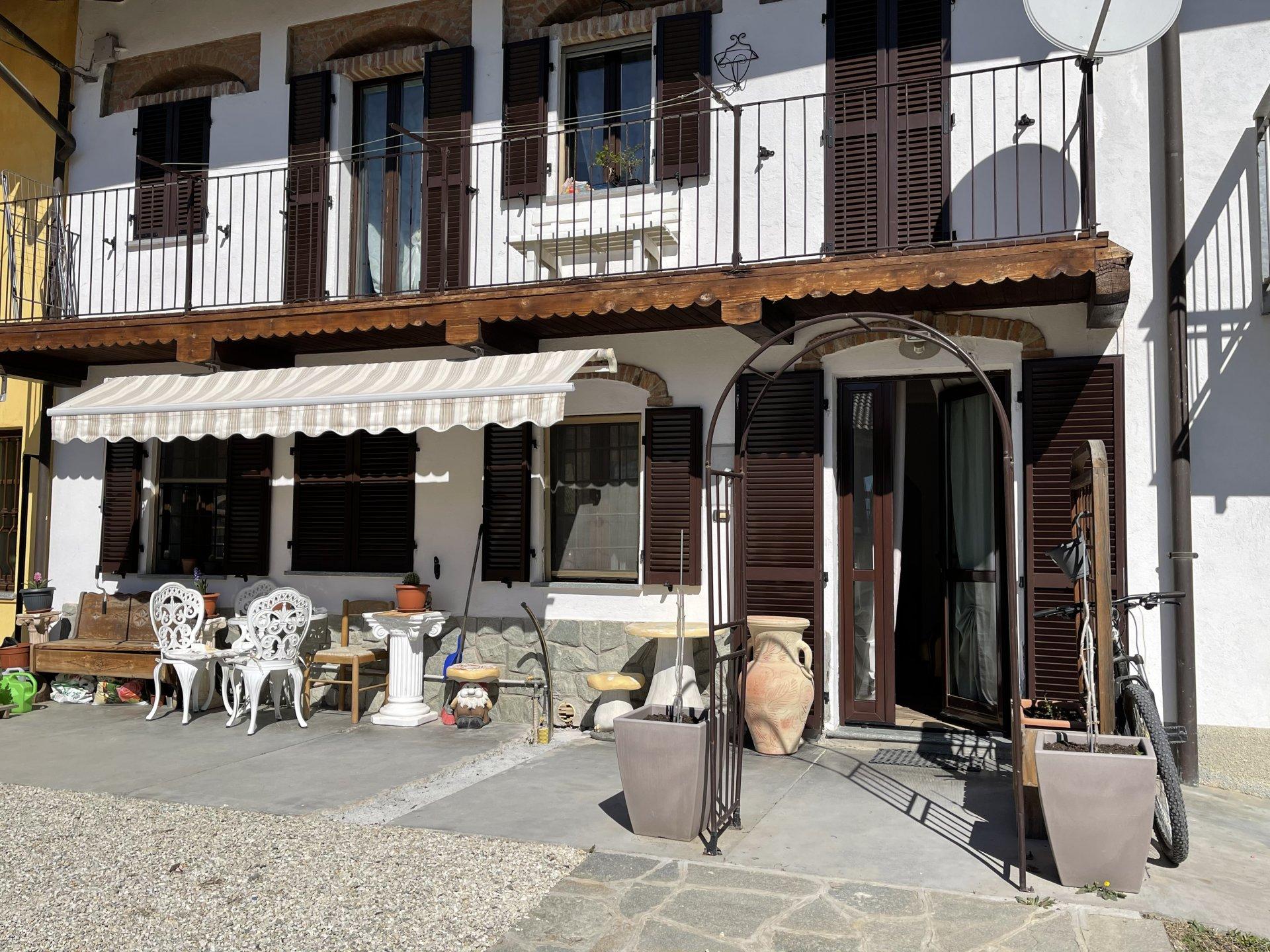 Casa ristrutturata vicinanze Alba