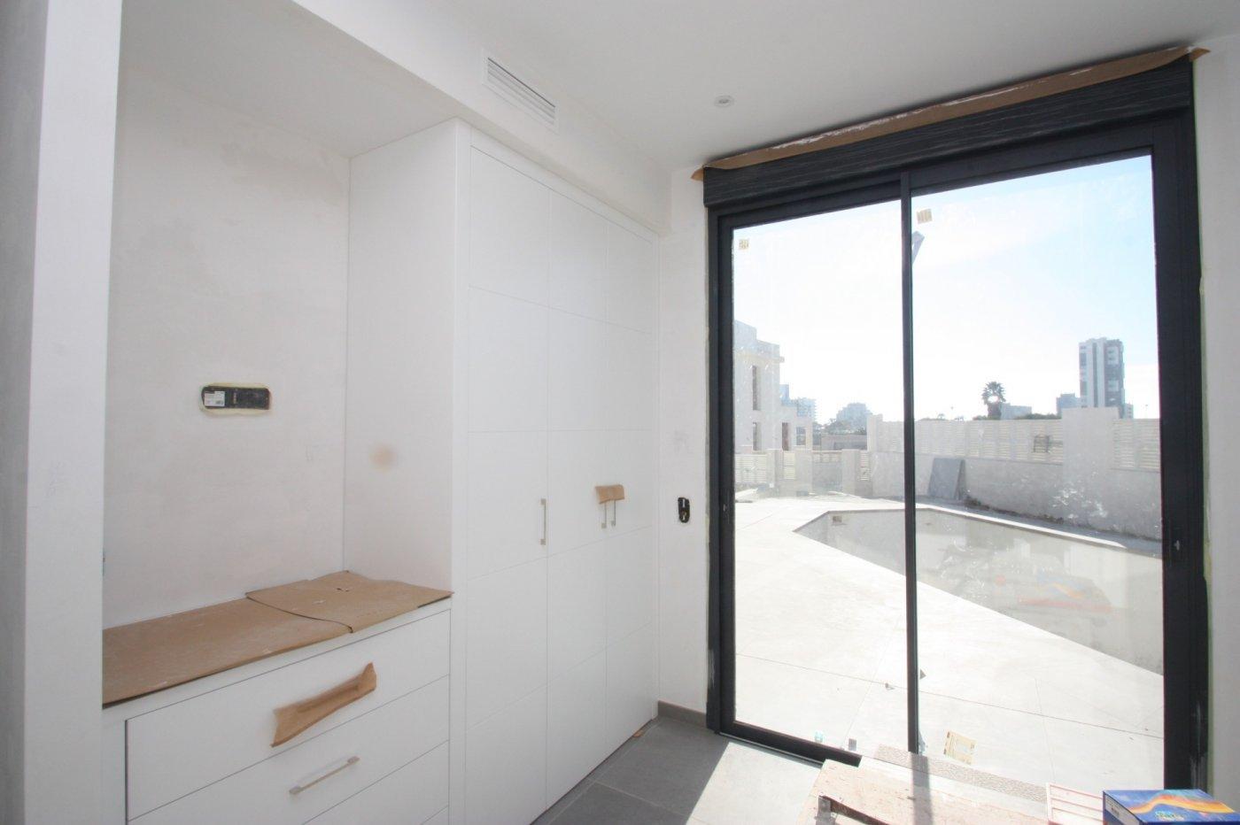 Villa de nueva construcción de 4 dormitorios en Calpe