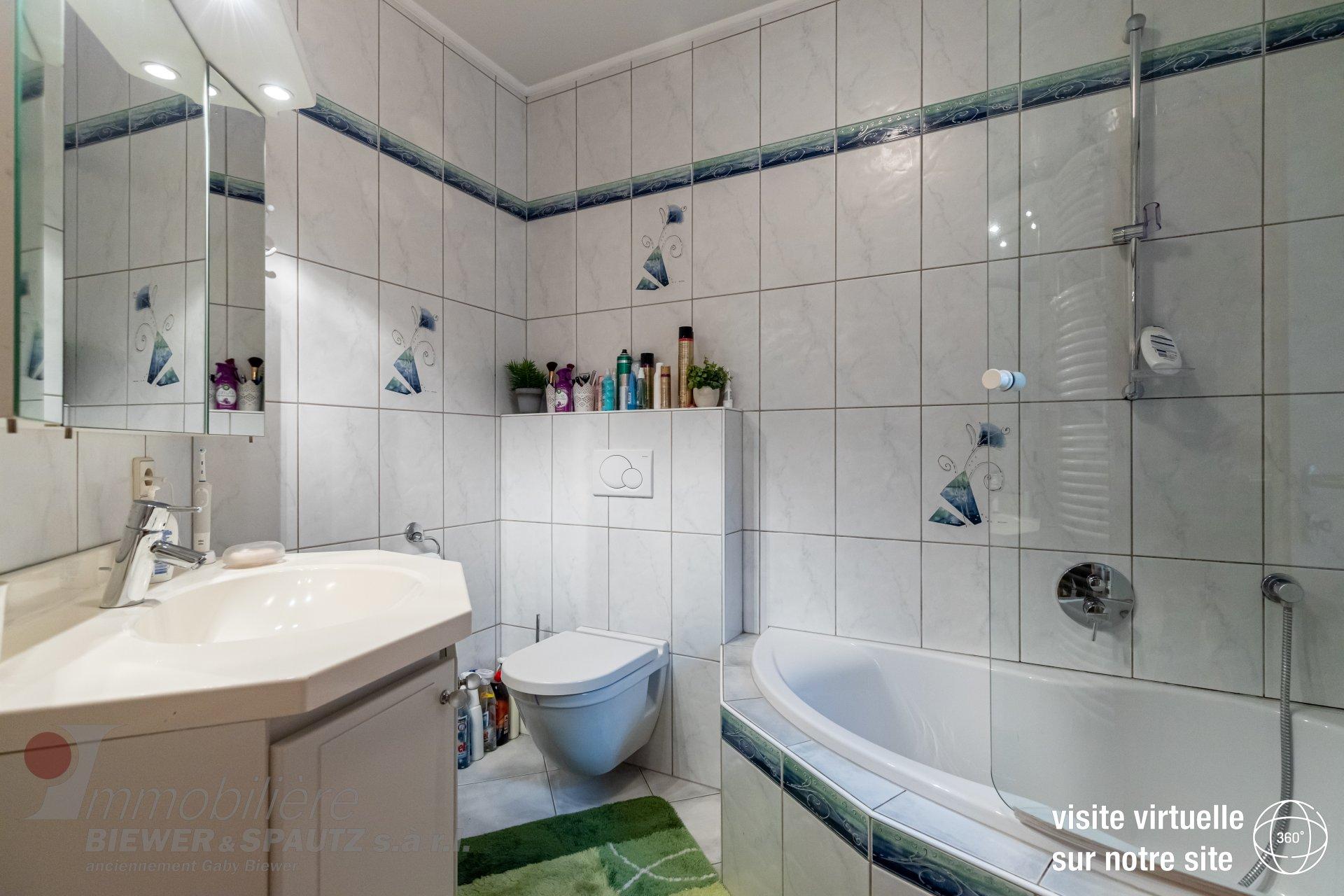 SOUS COMPROMIS - maison jumelée avec 3 chambres à coucher à Reuland