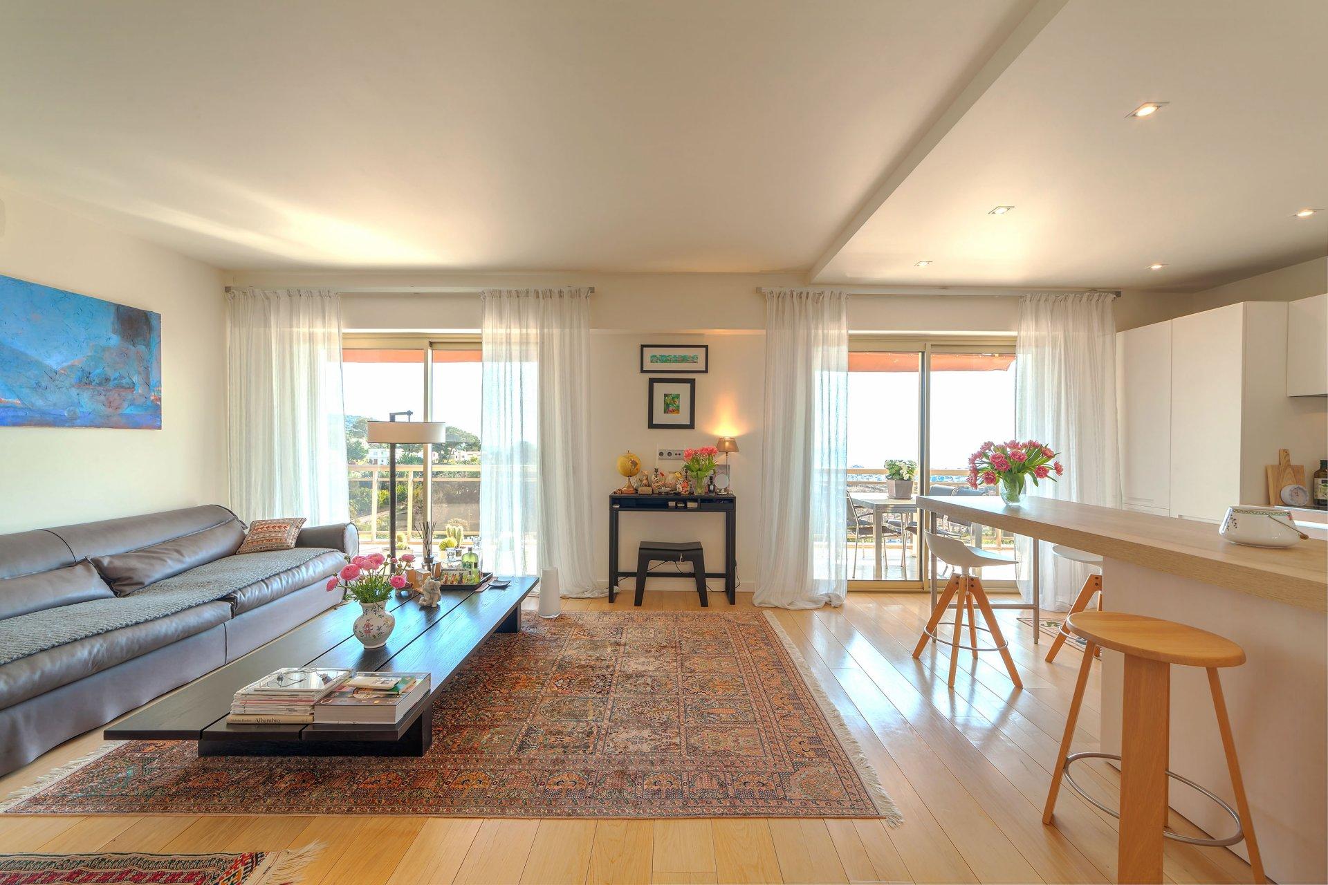 4P Appartement en excellent état, vue mer et montagne panoramique, Cannes